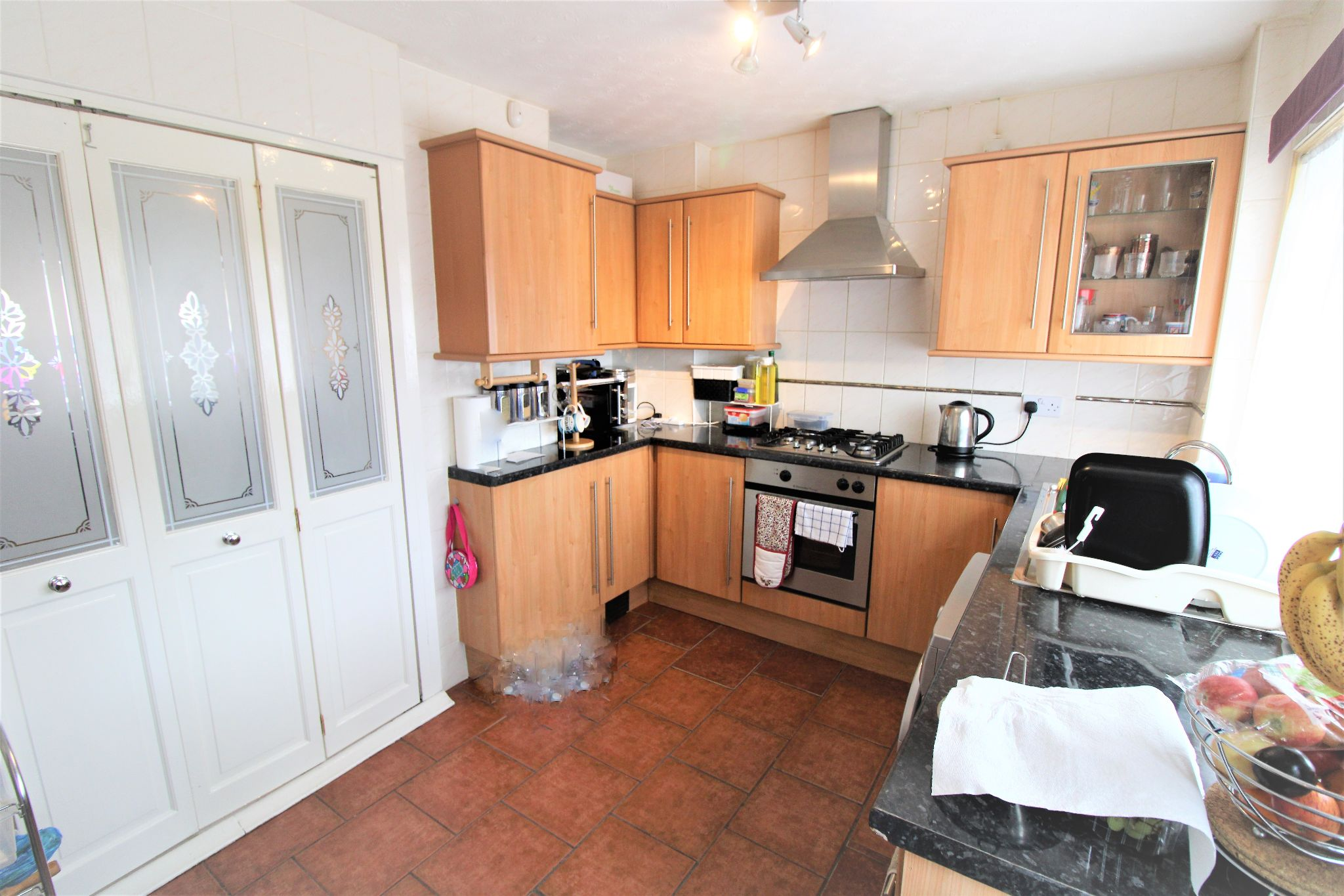 2 Bedroom Mid Terraced House For Sale - Kitchen