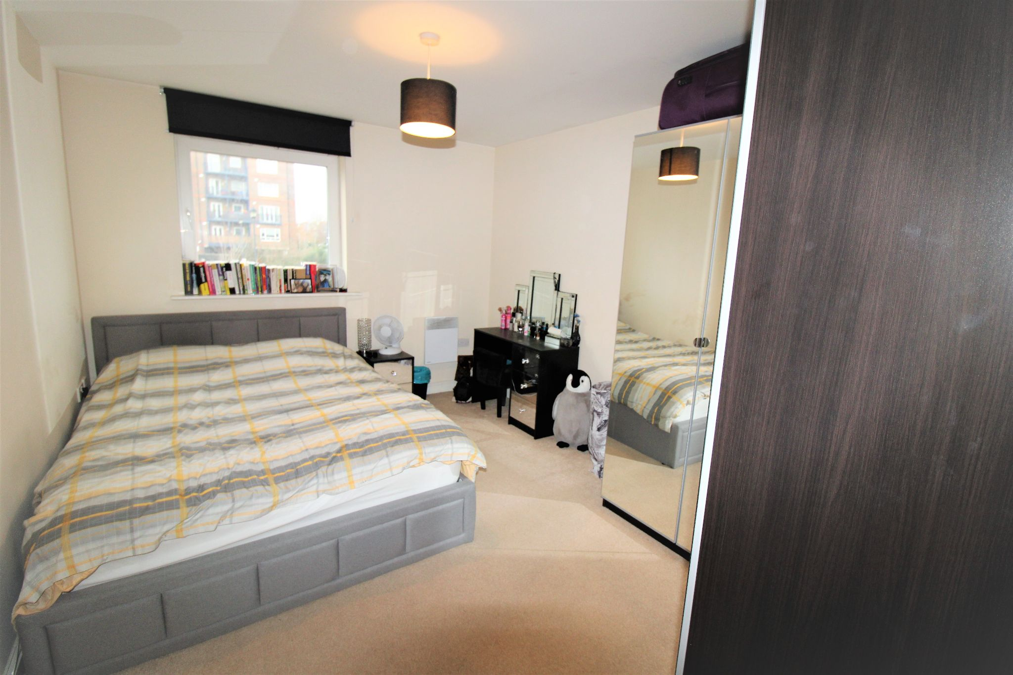 1 Bedroom Apartment Flat/apartment For Sale - Photograph 5