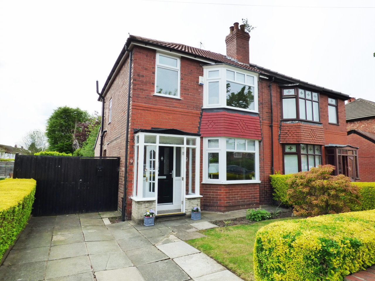 2 Bedroom Semi Detached House For Sale In 9 Rutland Road Stockport Sk7