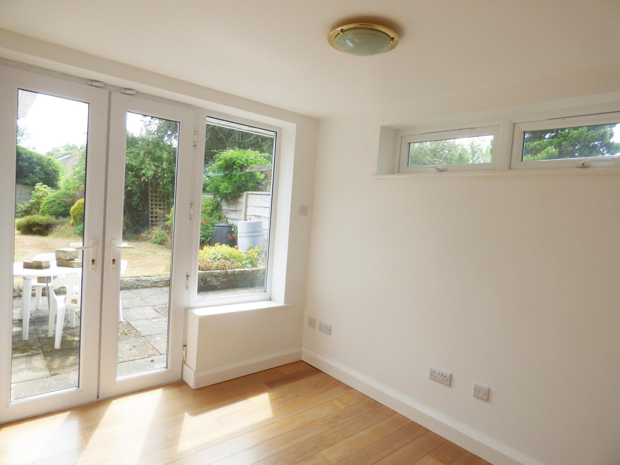 4 Bedroom Detached Bungalow For Sale - Photograph 9