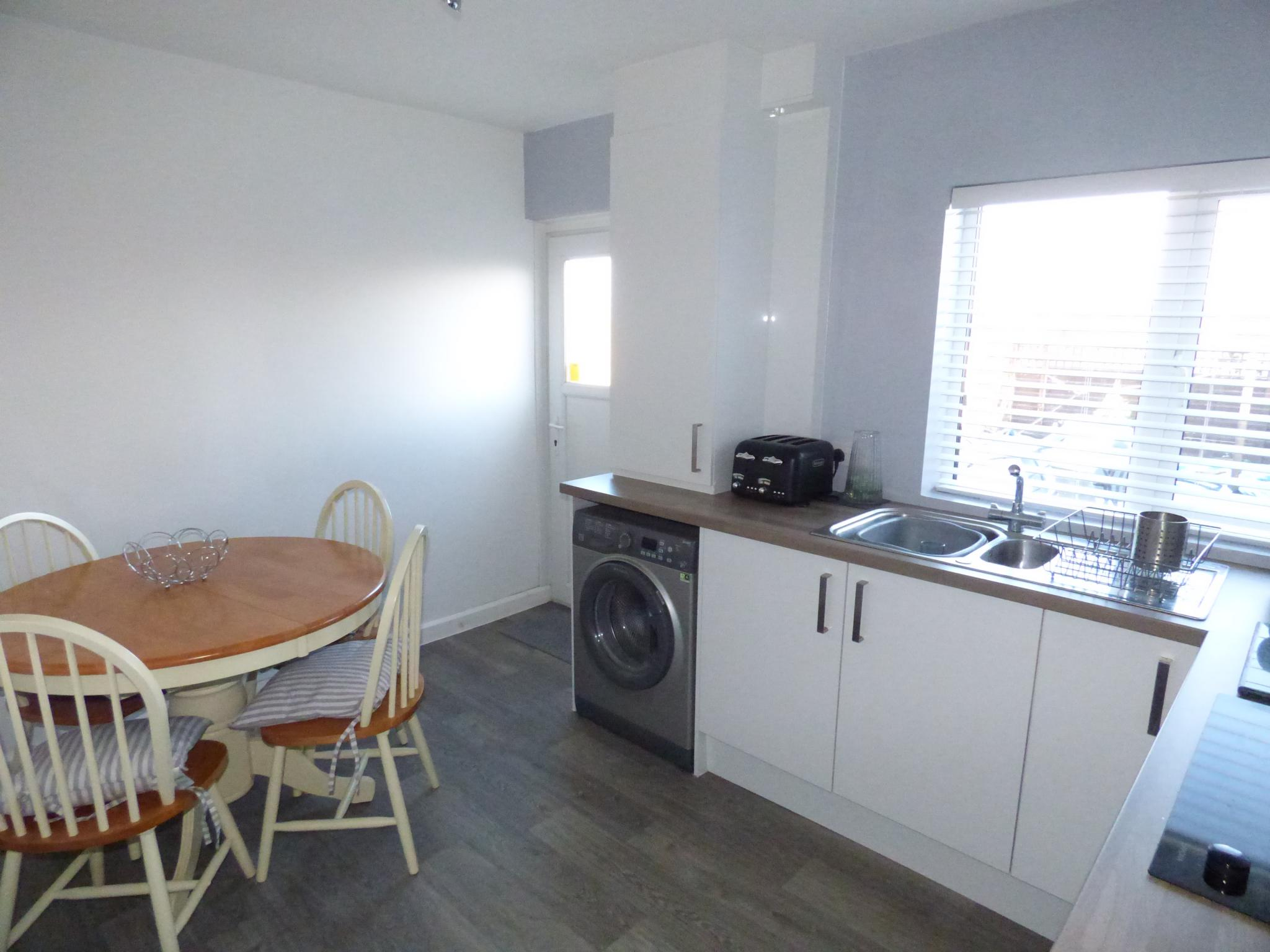 2 Bedroom Mews House For Sale In 47 Overton Crescent