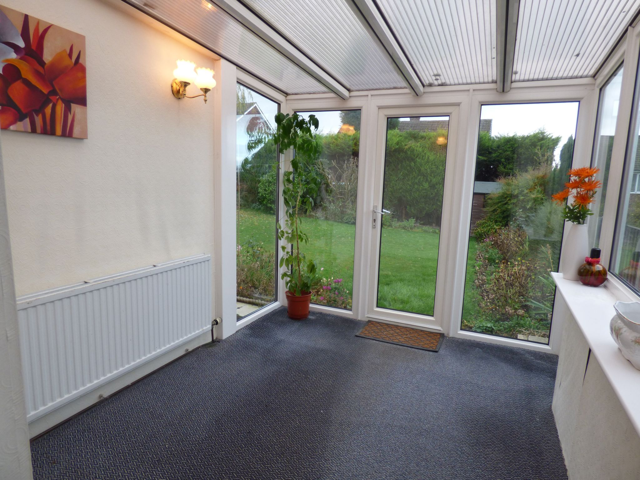 3 Bedroom Detached Bungalow For Sale - Photograph 19
