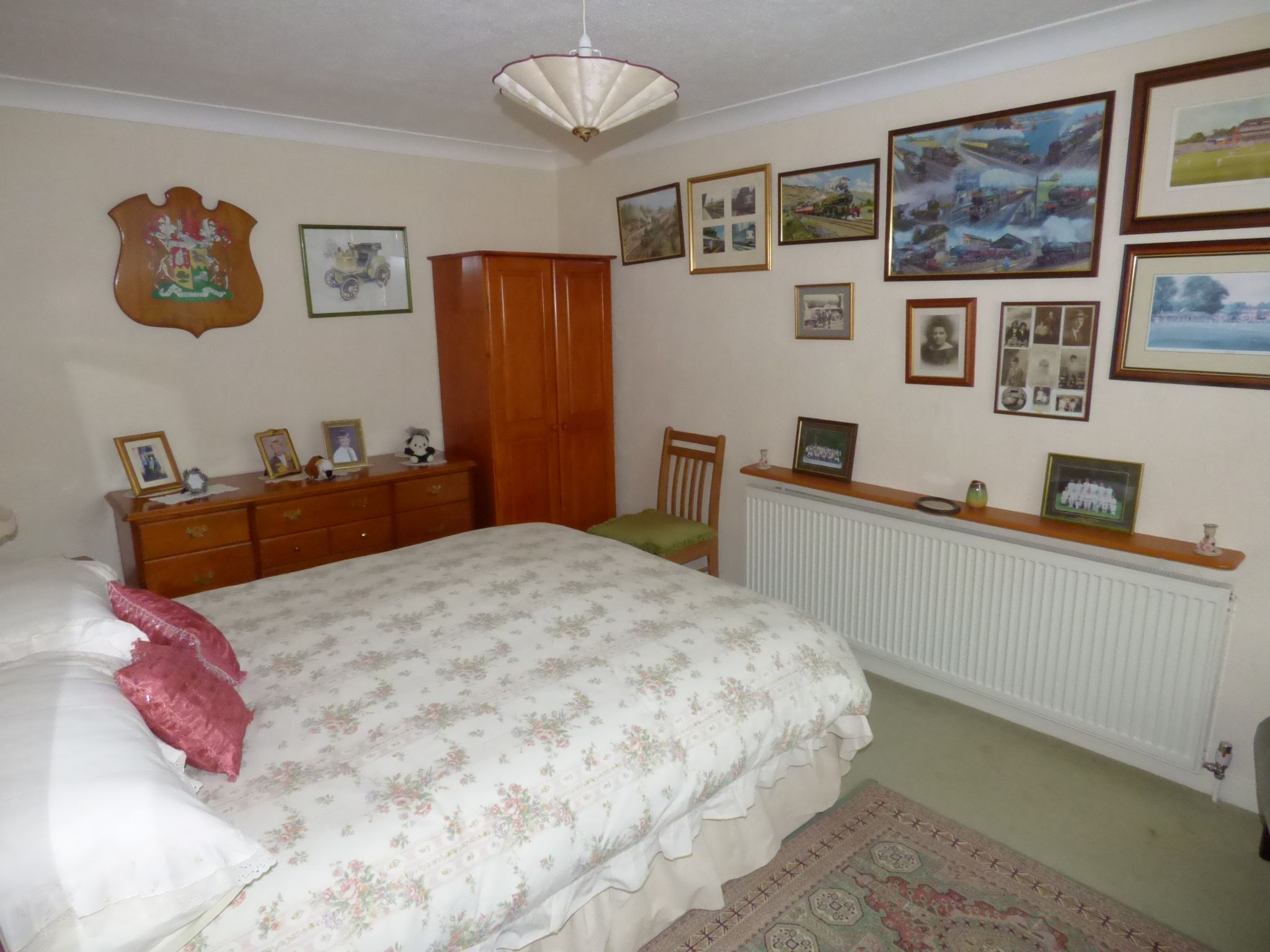4 Bedroom Detached Bungalow For Sale - Photograph 12