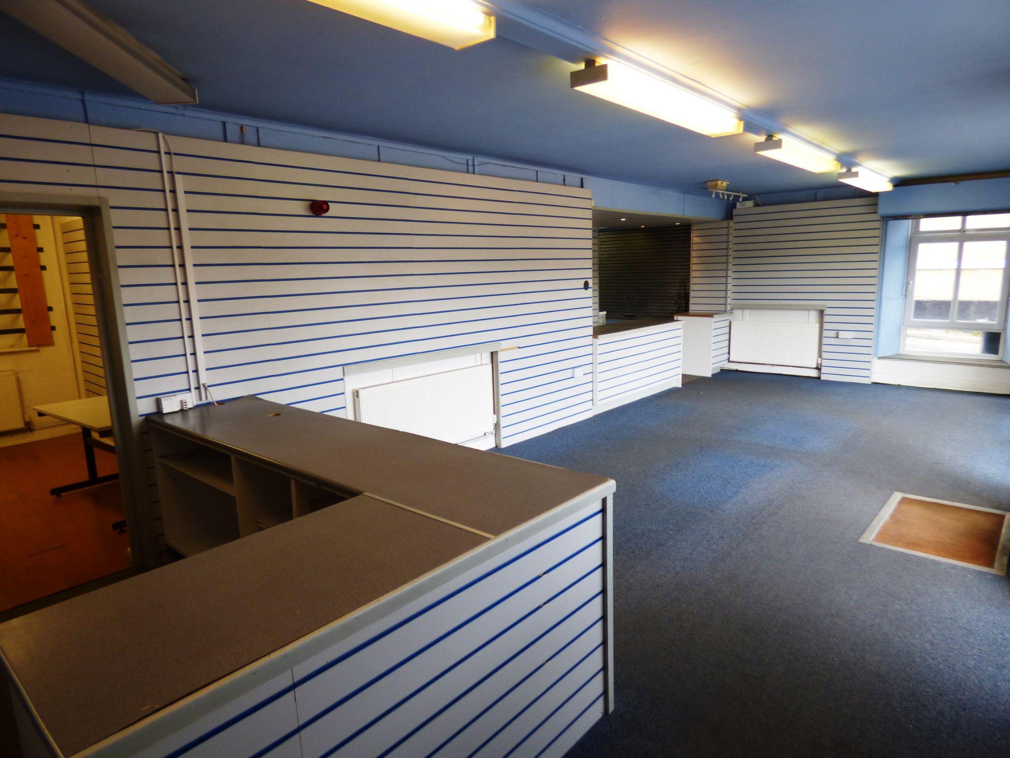 Business Park To Rent - Photograph 5