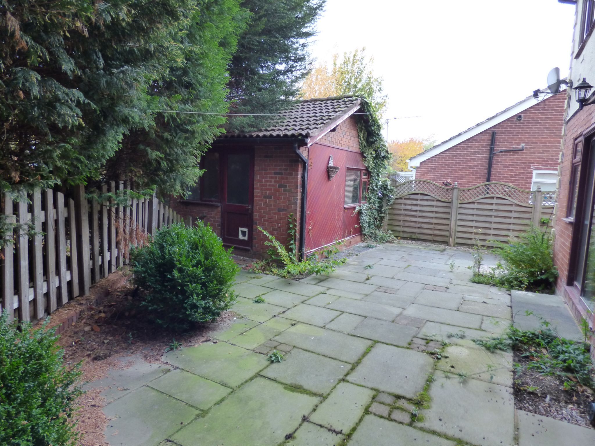 6 Bedroom Detached House For Sale - Photograph 17