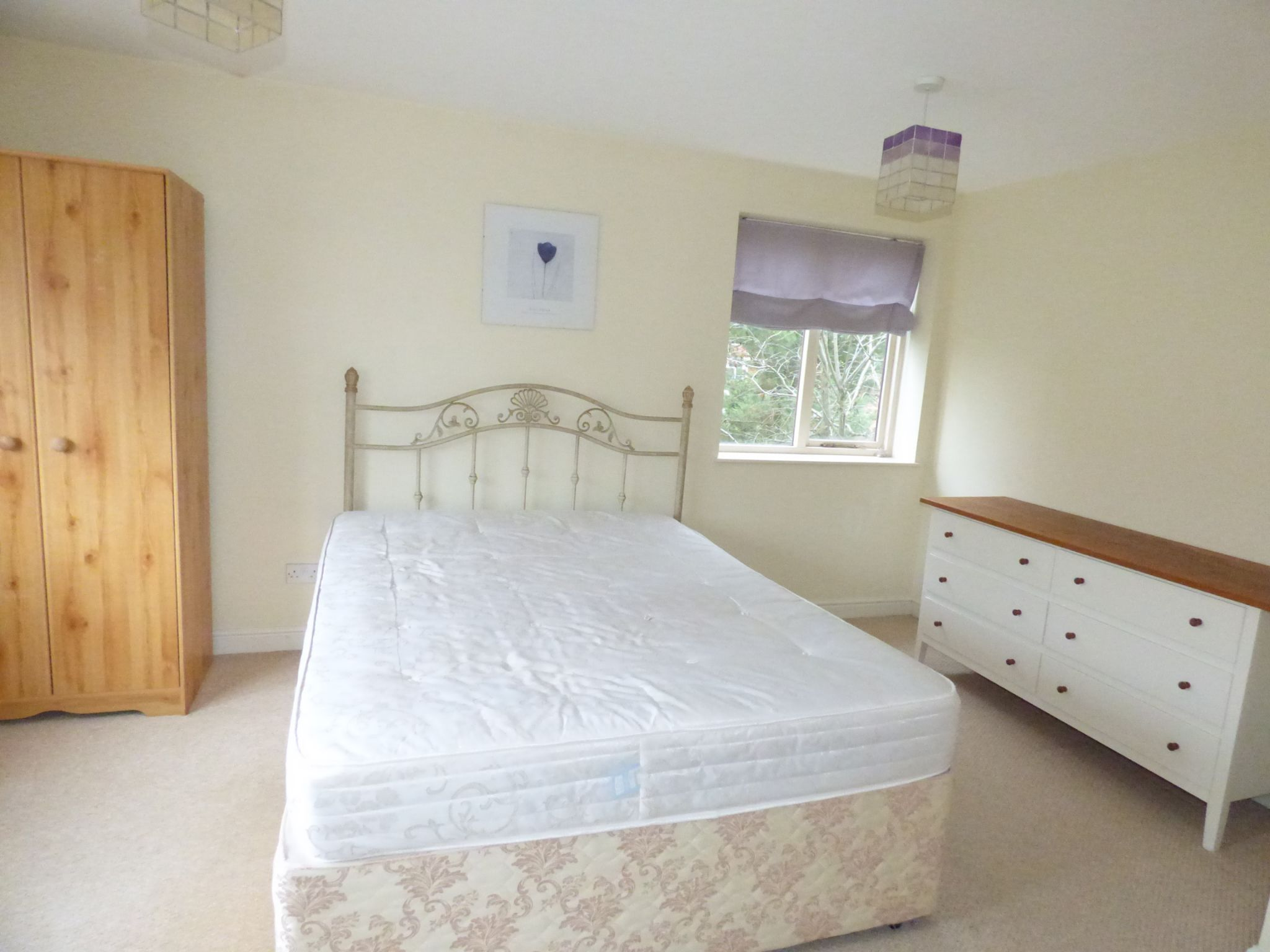 6 Bedroom Detached House For Sale - Photograph 7