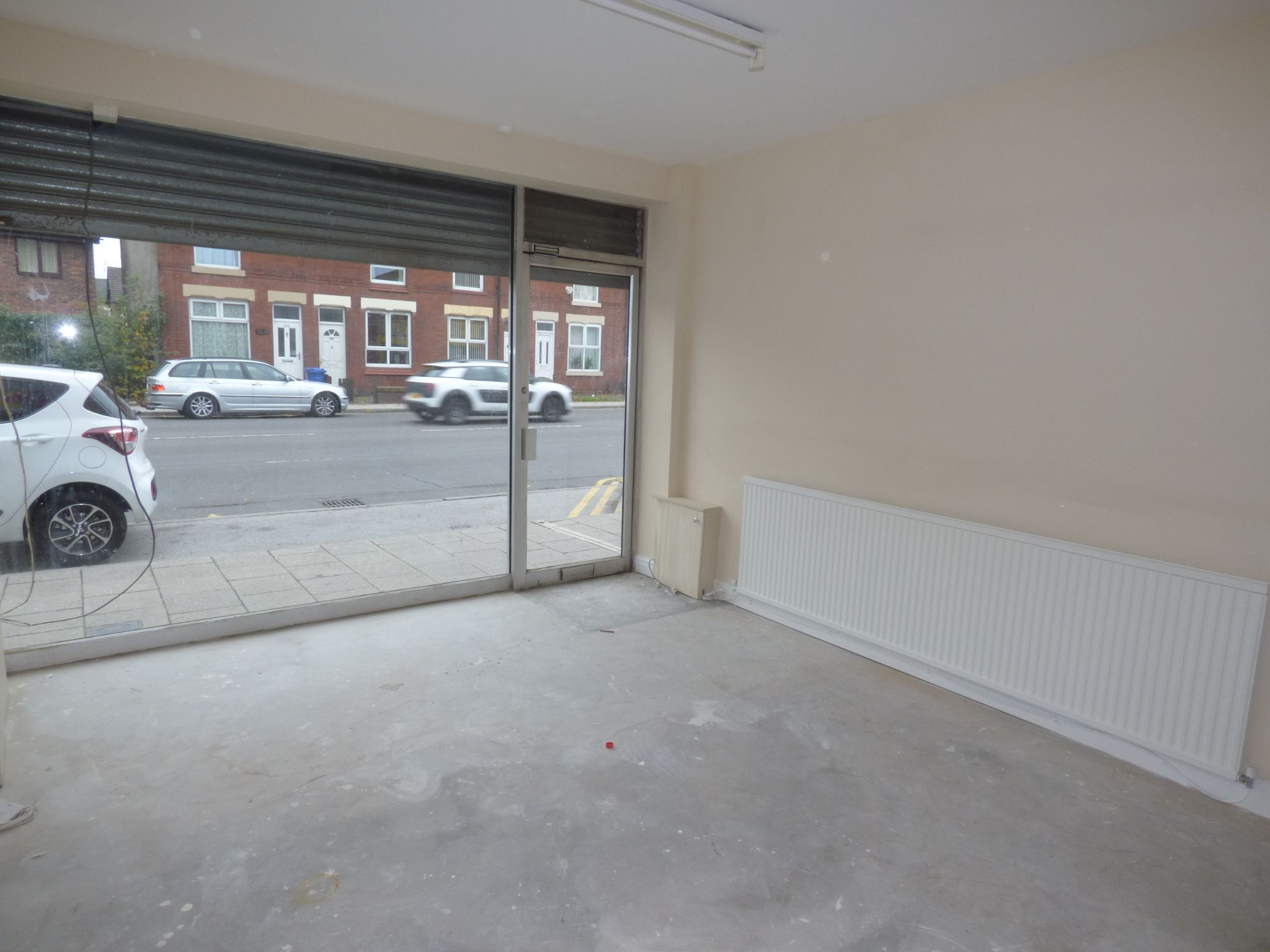 Retail Property (high Street) To Rent - Photograph 1