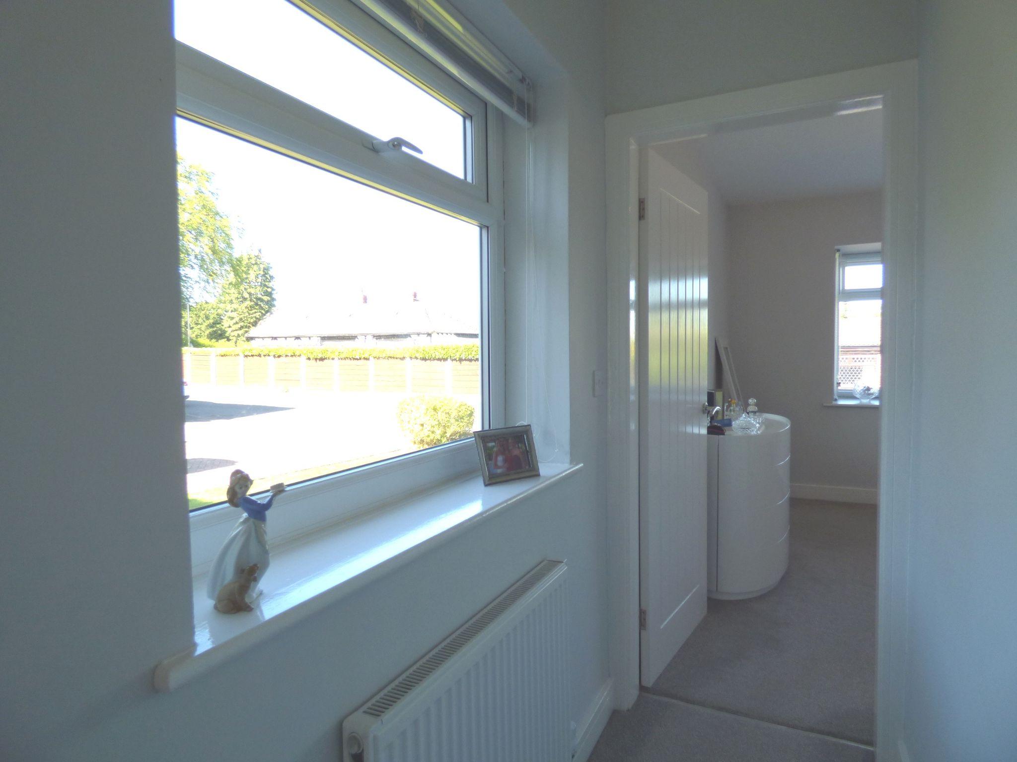 2 Bedroom Detached Bungalow For Sale - Photograph 14