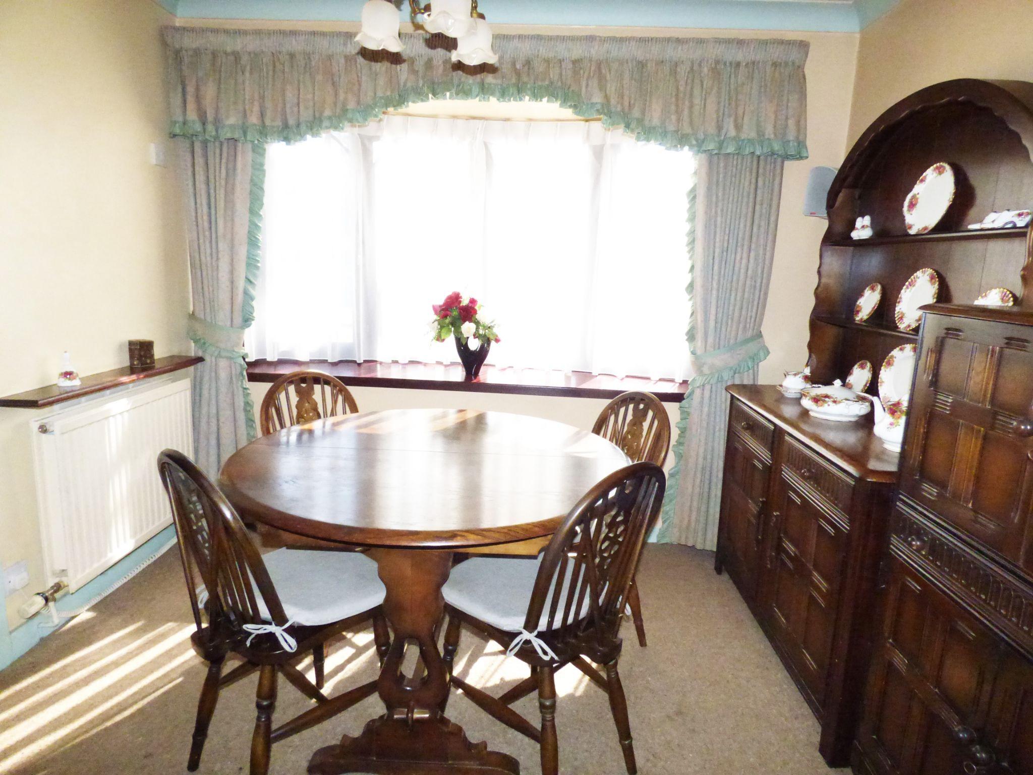 3 Bedroom Detached House For Sale - Dining Room