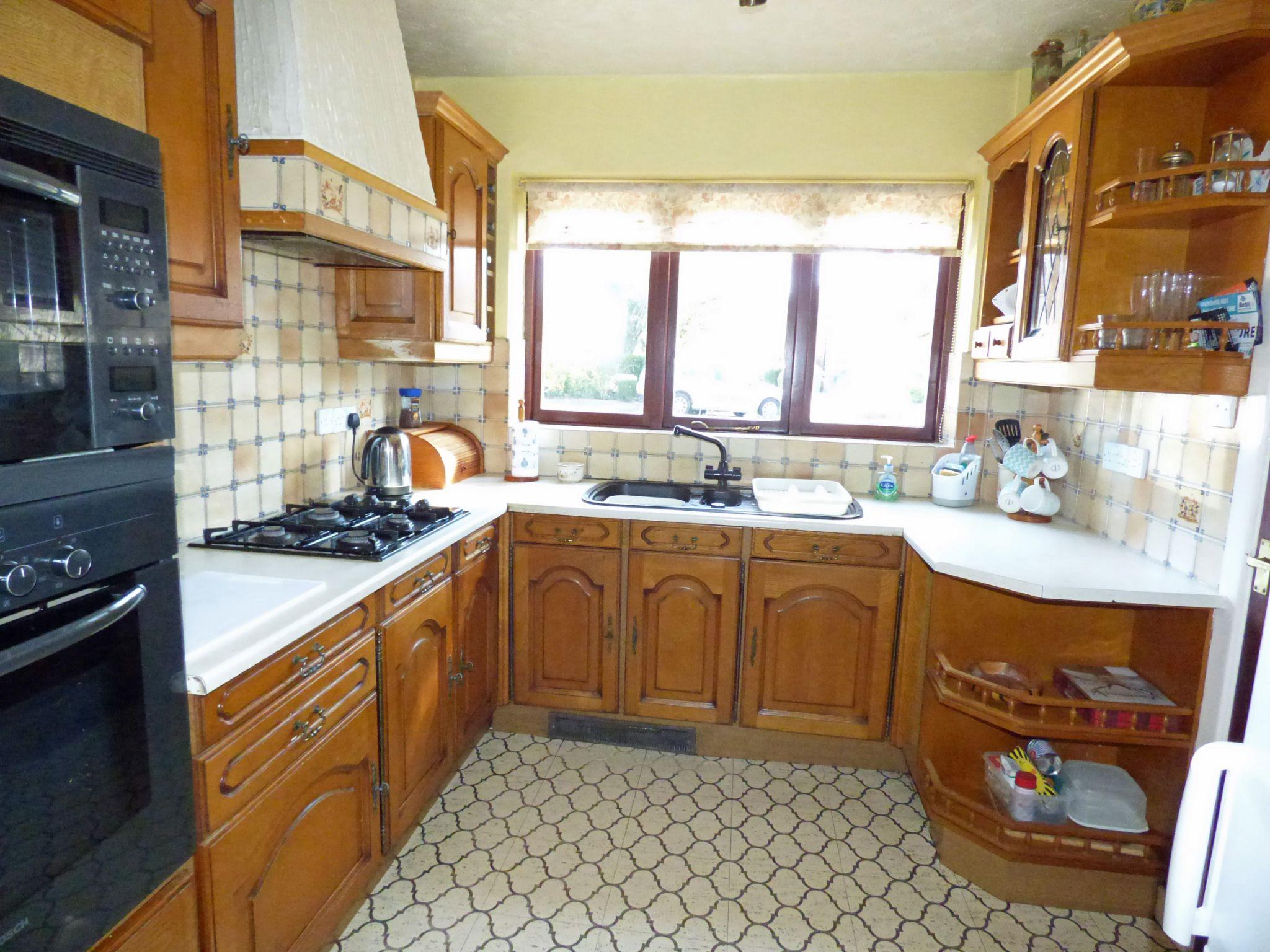 3 Bedroom Detached House For Sale - Kitchen