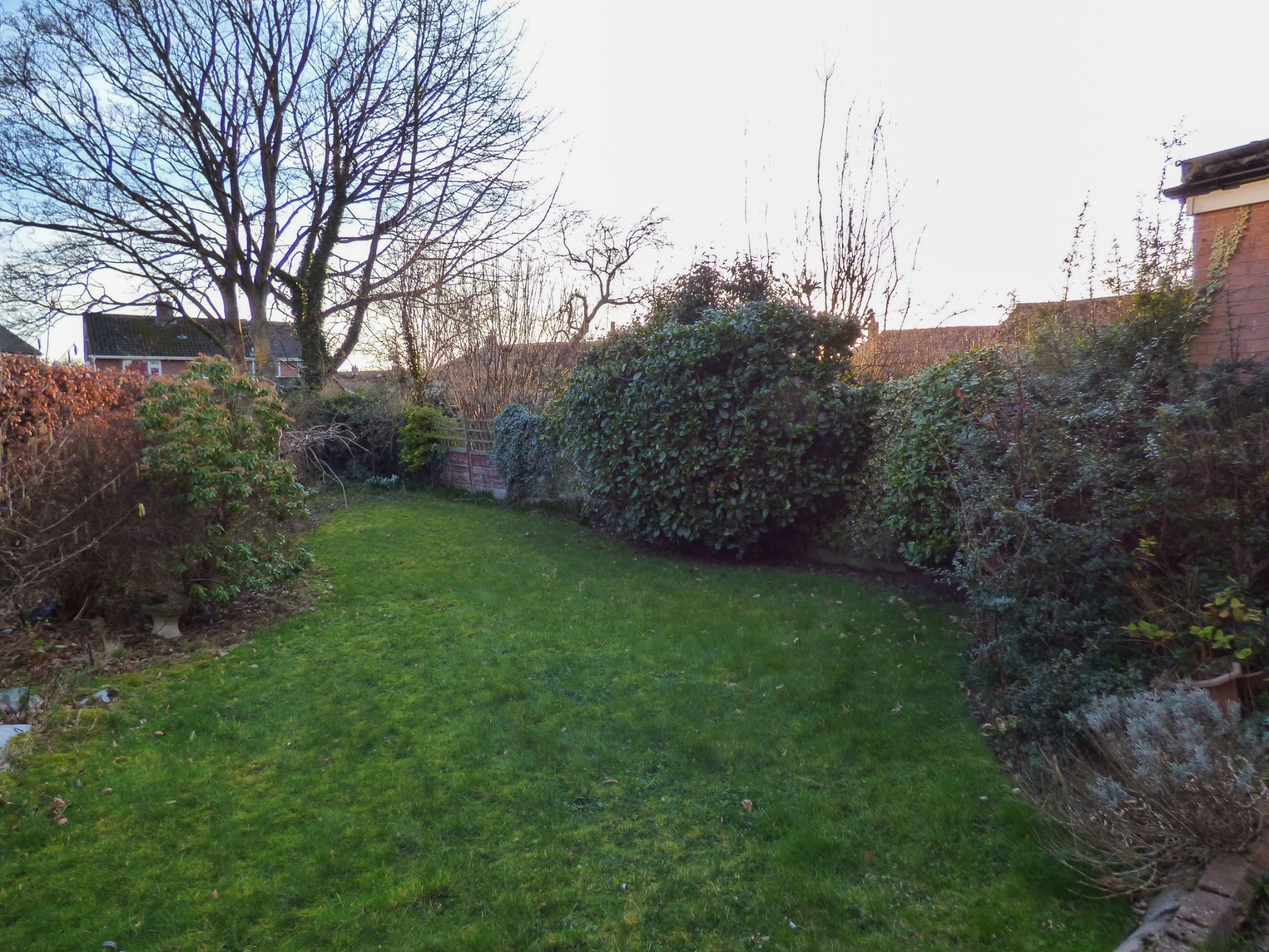 3 Bedroom Semi-detached House For Sale - 11