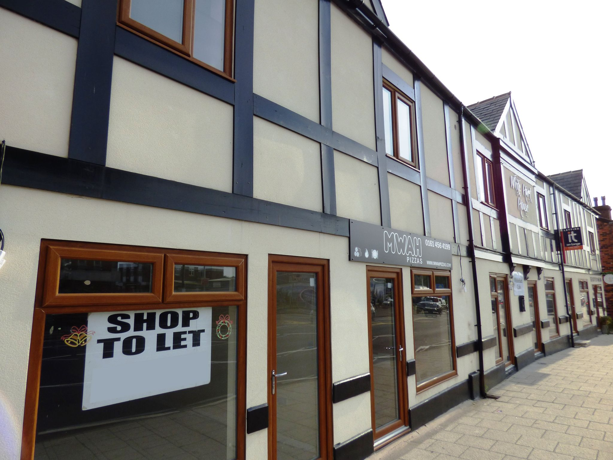 Commercial Property To Rent - Photograph 9
