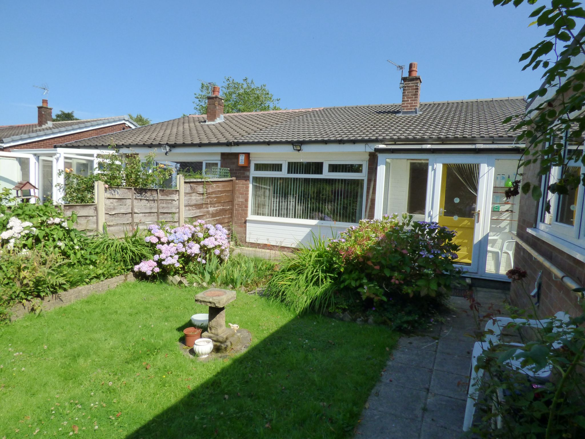3 Bedroom Semi-detached Bungalow For Sale - Photograph 10