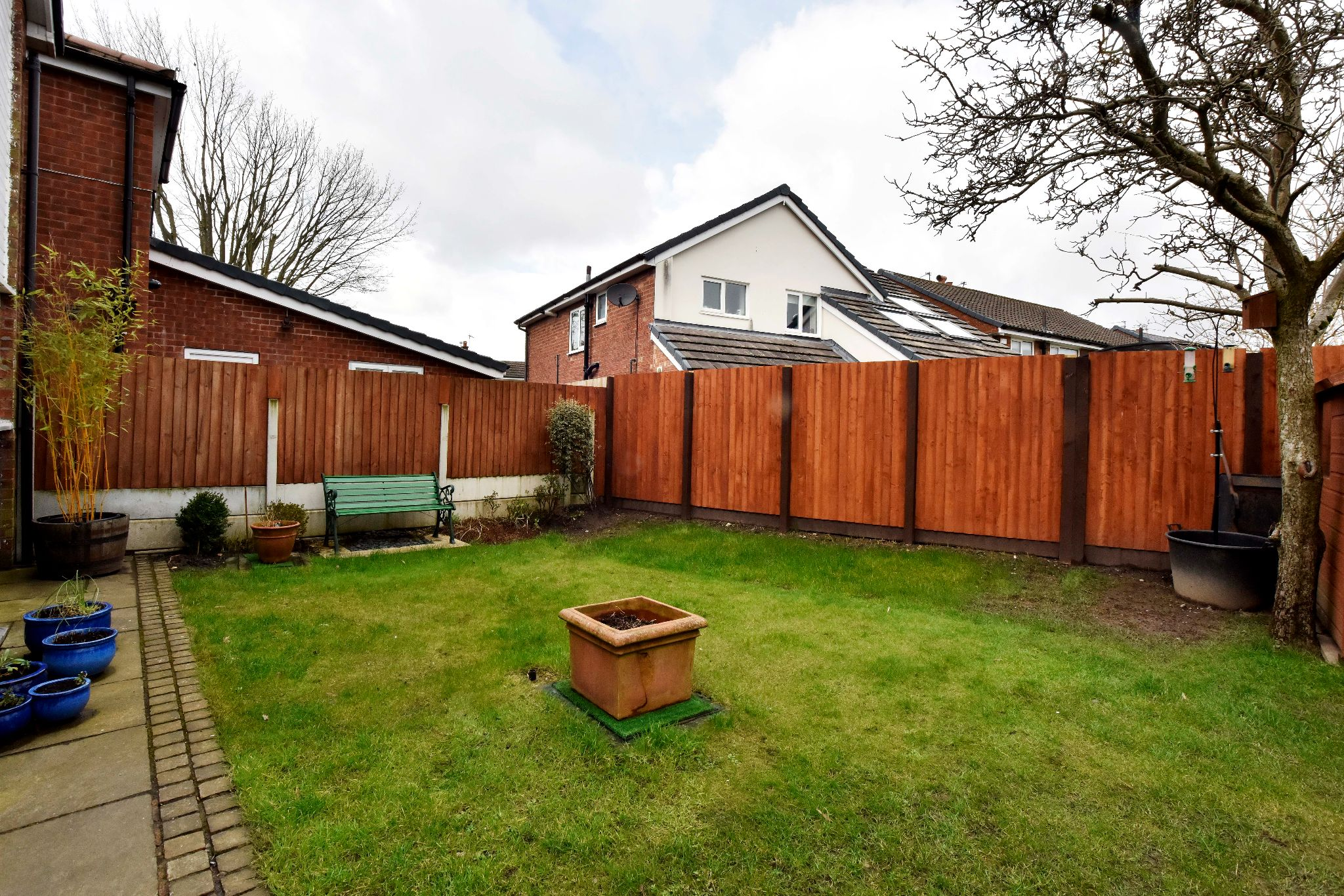 3 Bedroom Link Detached House For Sale - Photograph 22