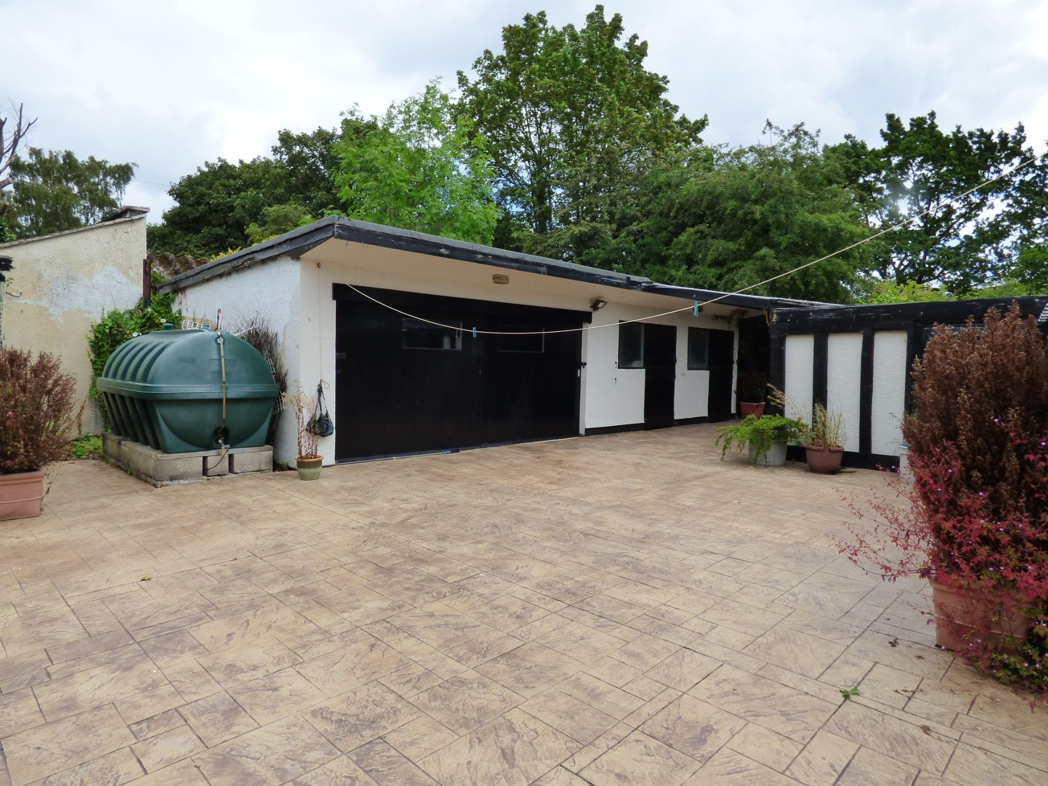 3 Bedroom Detached Bungalow For Sale - Photograph 17