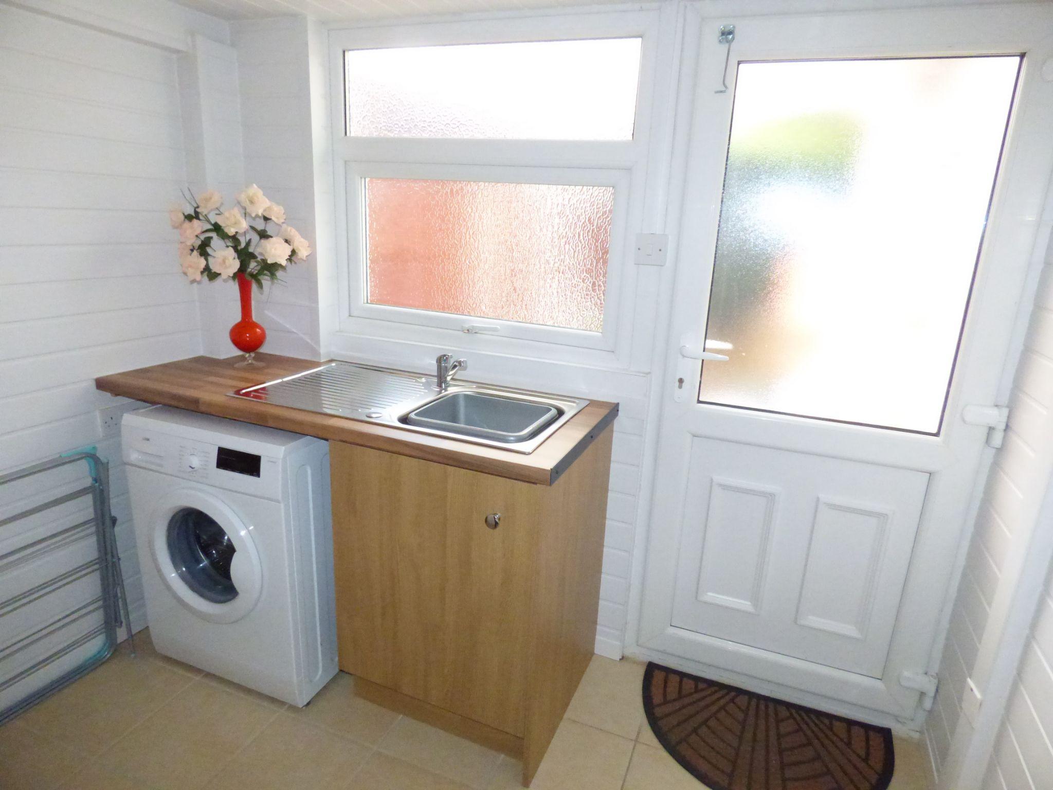 3 Bedroom Detached Bungalow For Sale - Photograph 30