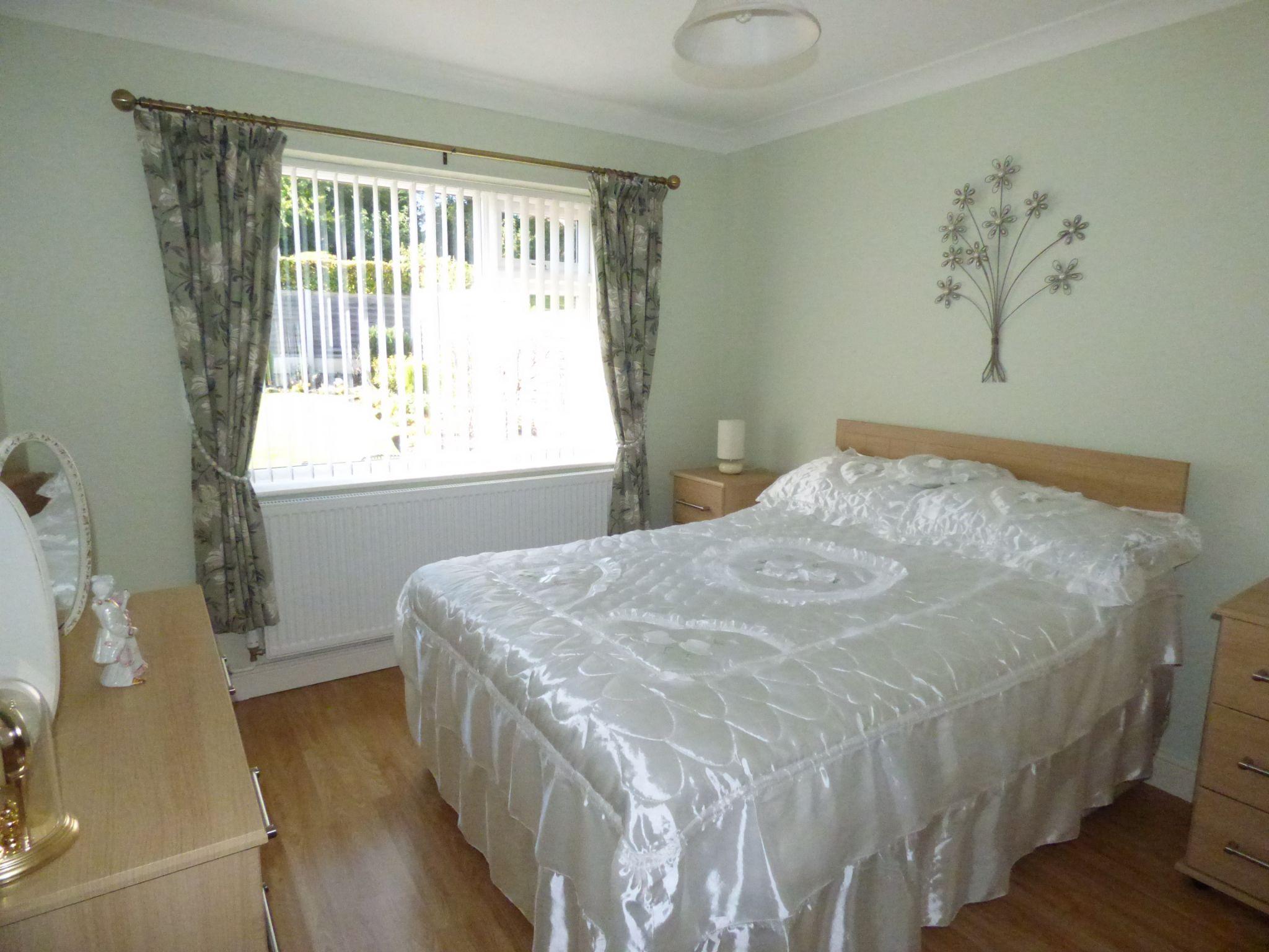 3 Bedroom Detached Bungalow For Sale - Photograph 19