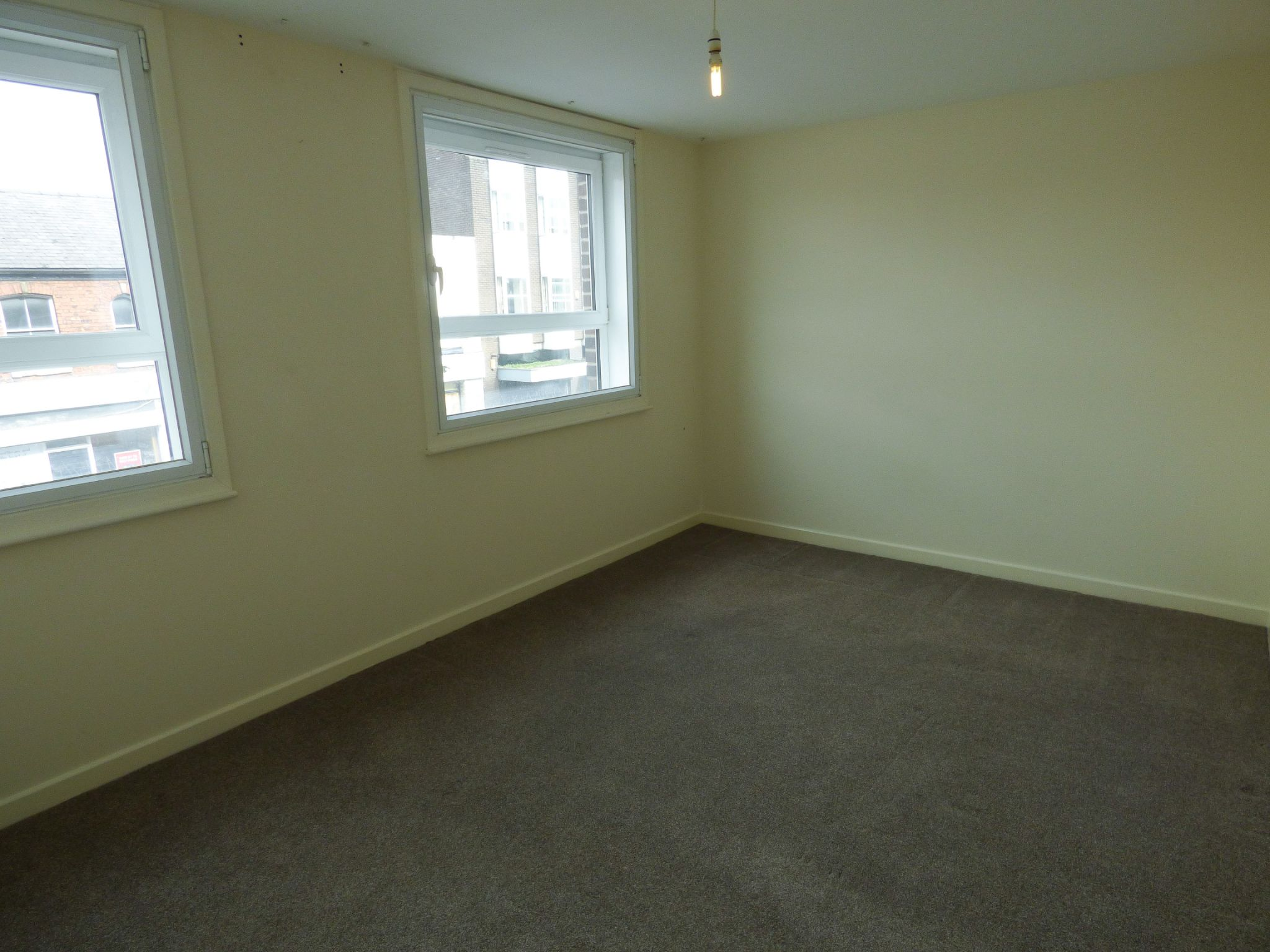 2 Bedroom Apartment Flat/apartment - Photograph 7