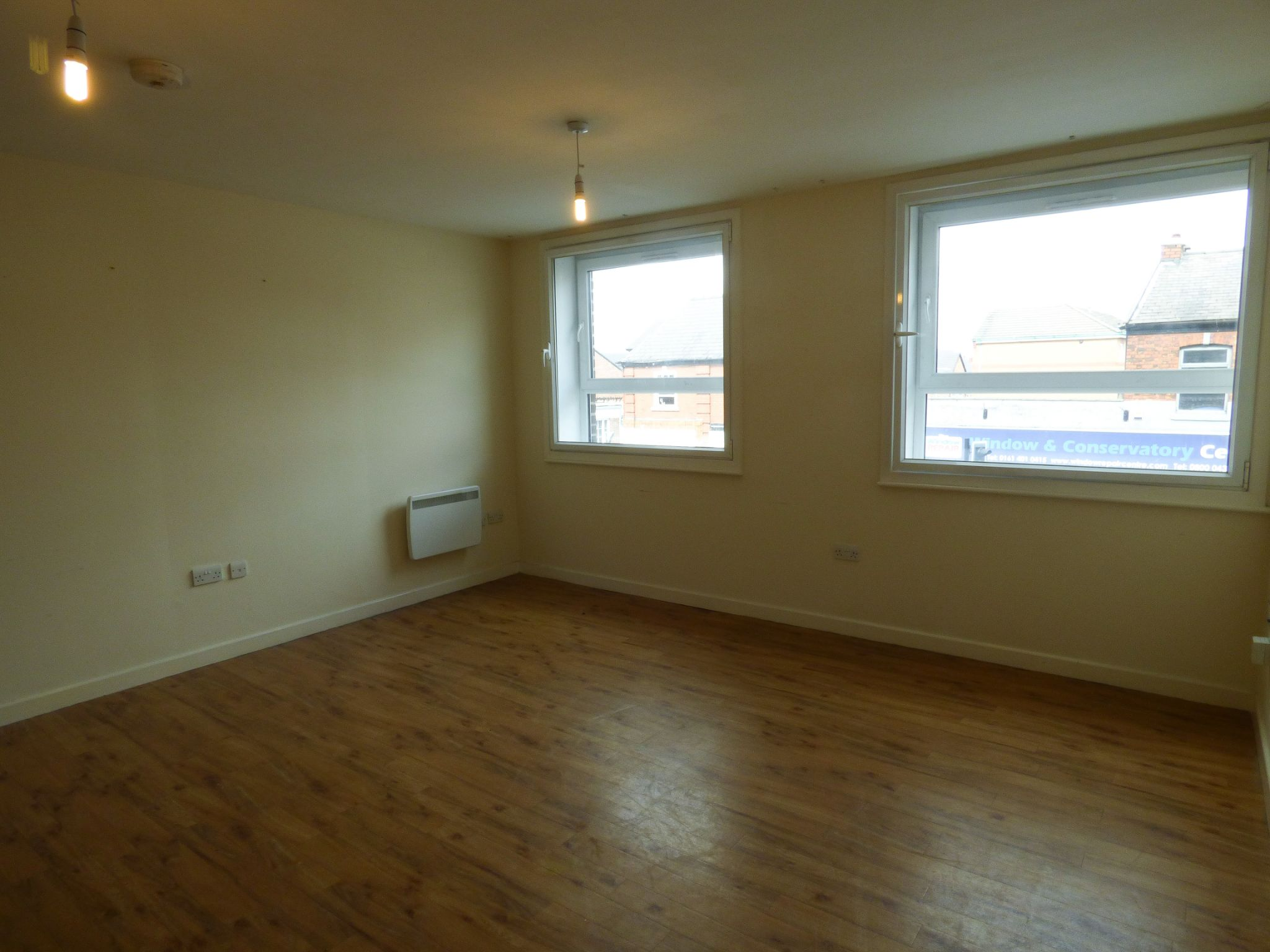 2 Bedroom Apartment Flat/apartment - Photograph 5