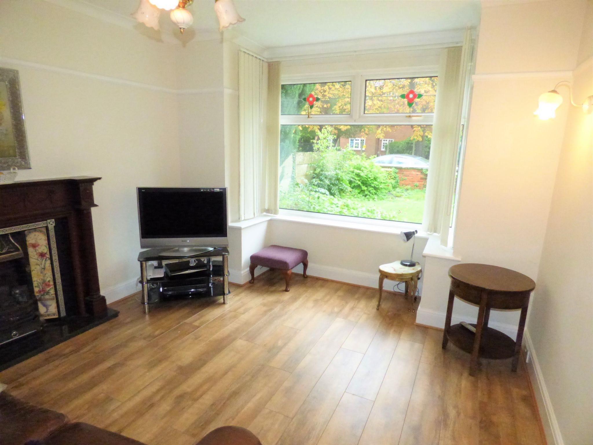 3 Bedroom Detached House For Sale - Photograph 7