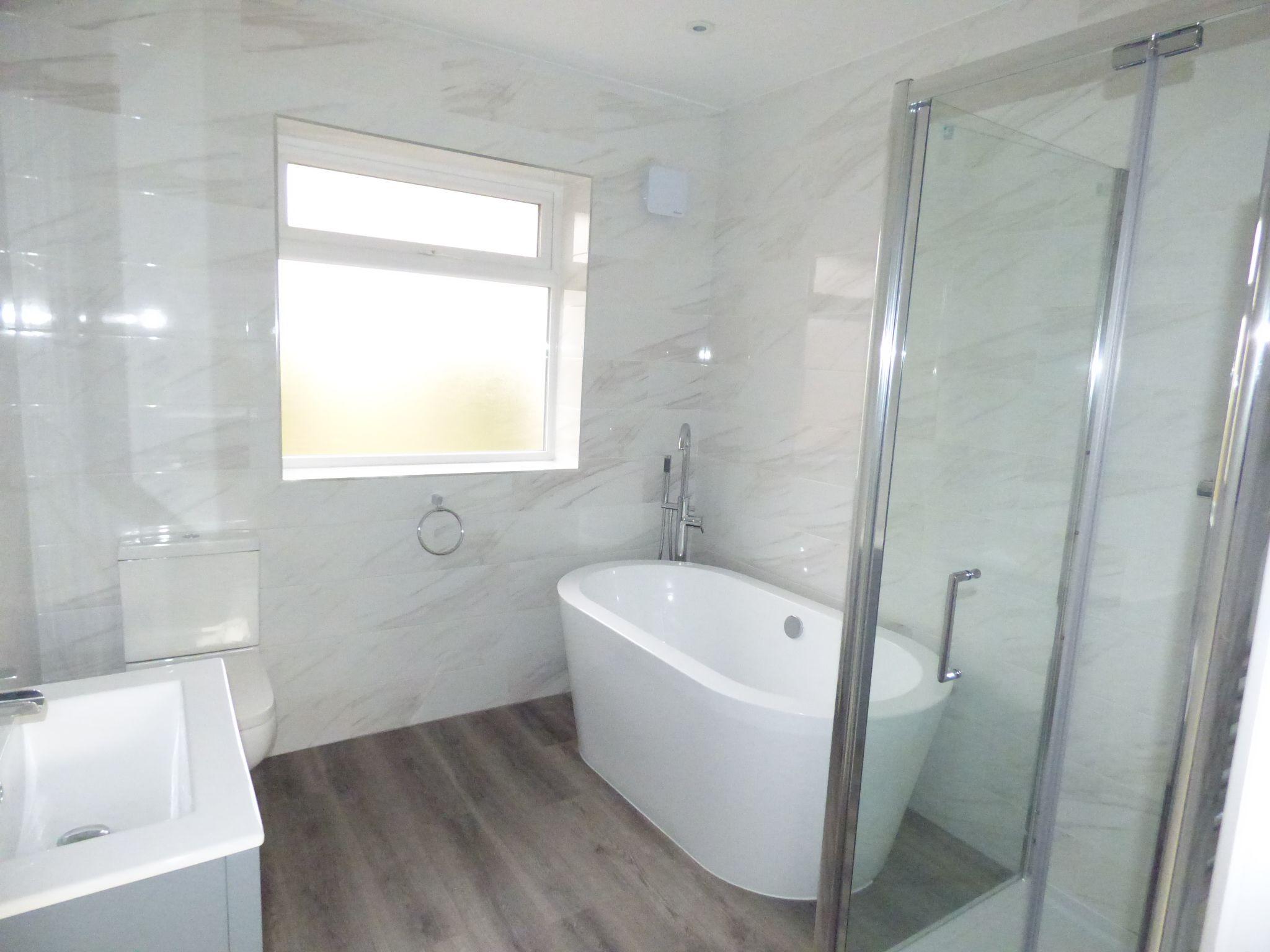 2 Bedroom Detached Bungalow For Sale - Photograph 3
