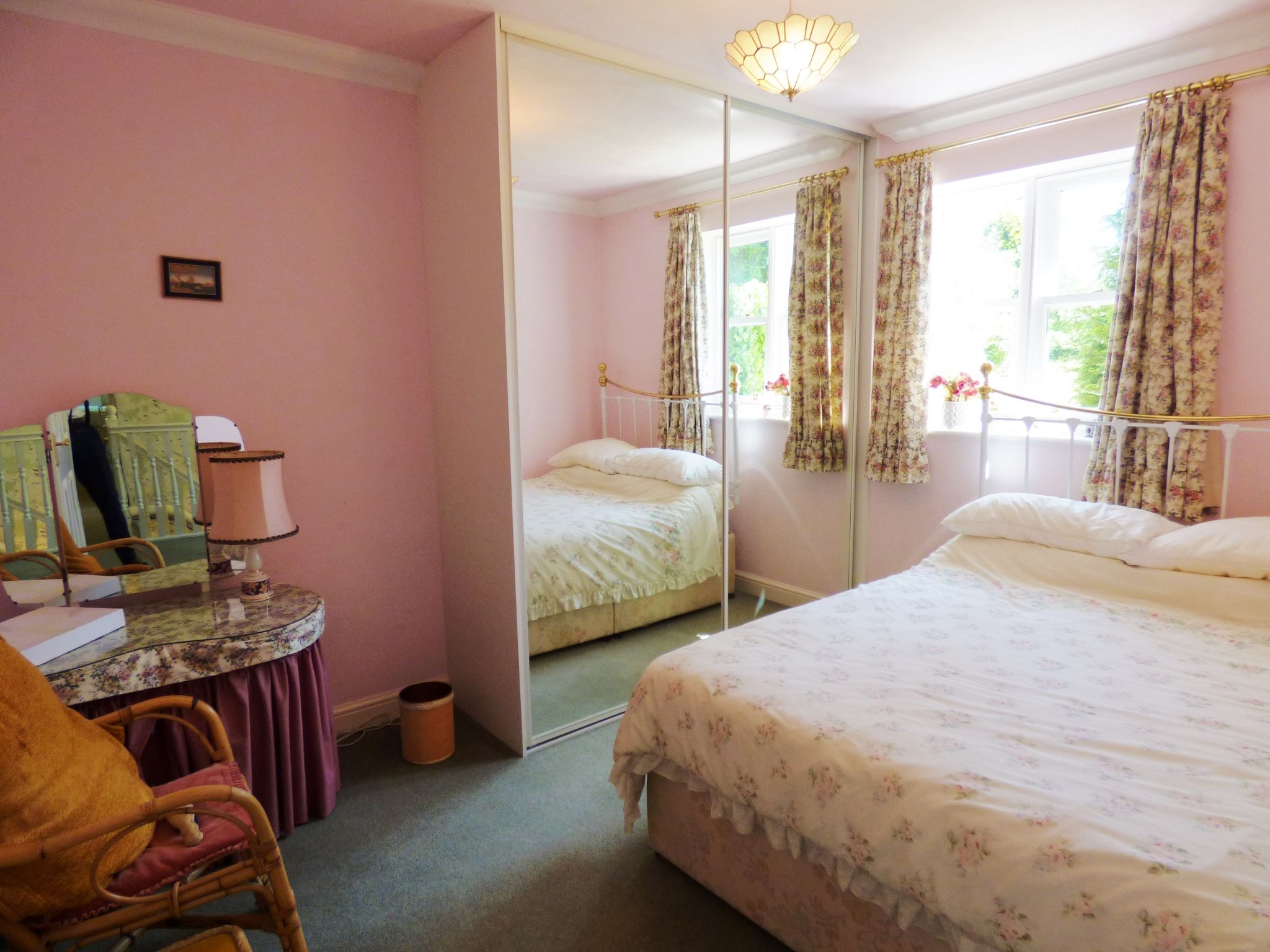 5 Bedroom Mews House For Sale - Photograph 19