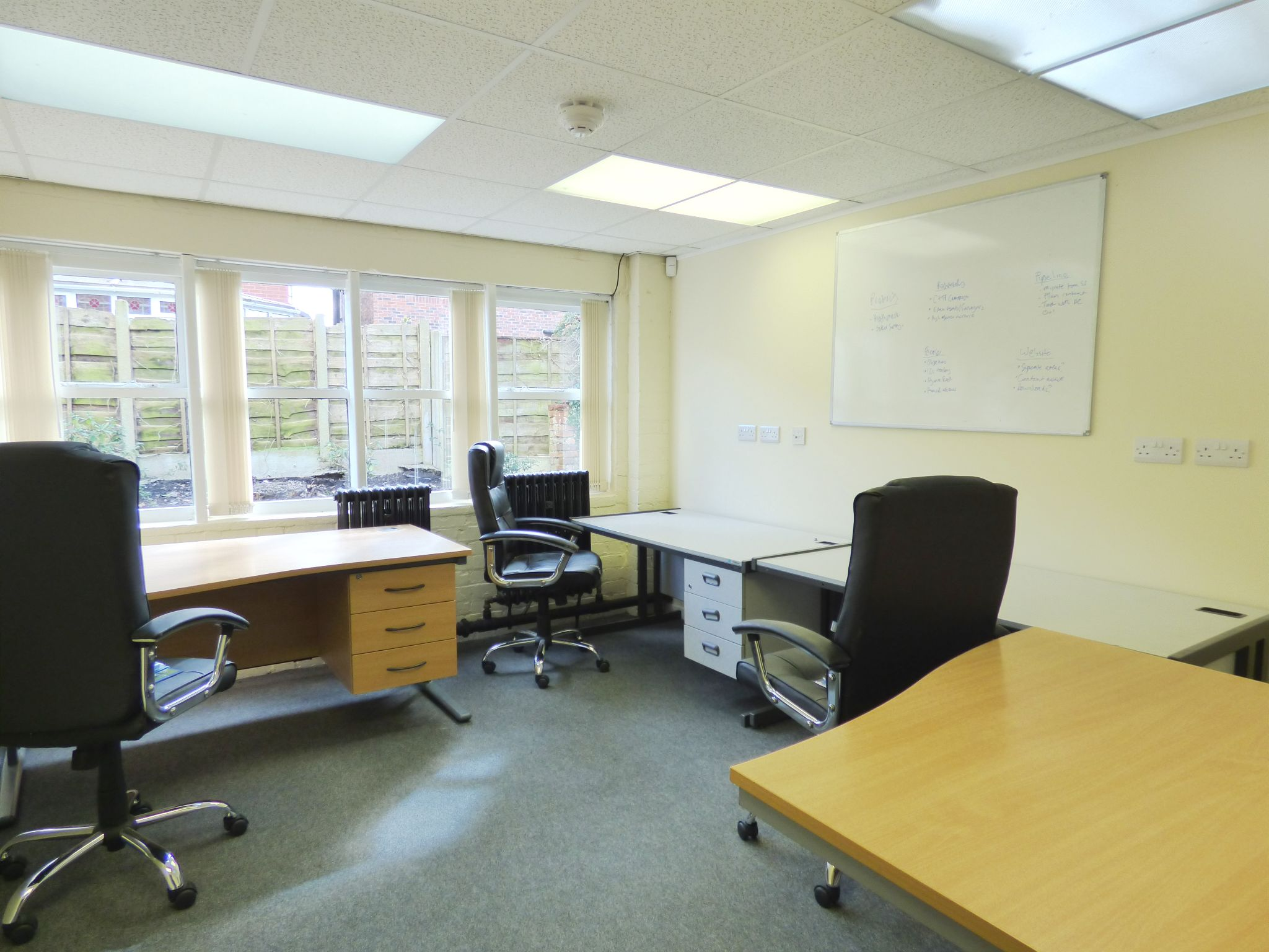 Office To Rent - Photograph 1