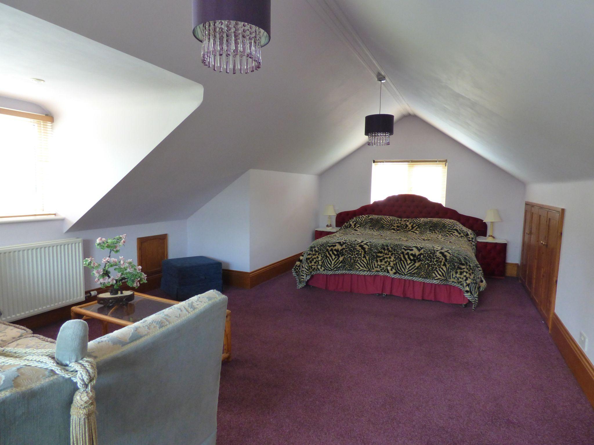 4 Bedroom Detached Bungalow For Sale - Photograph 29