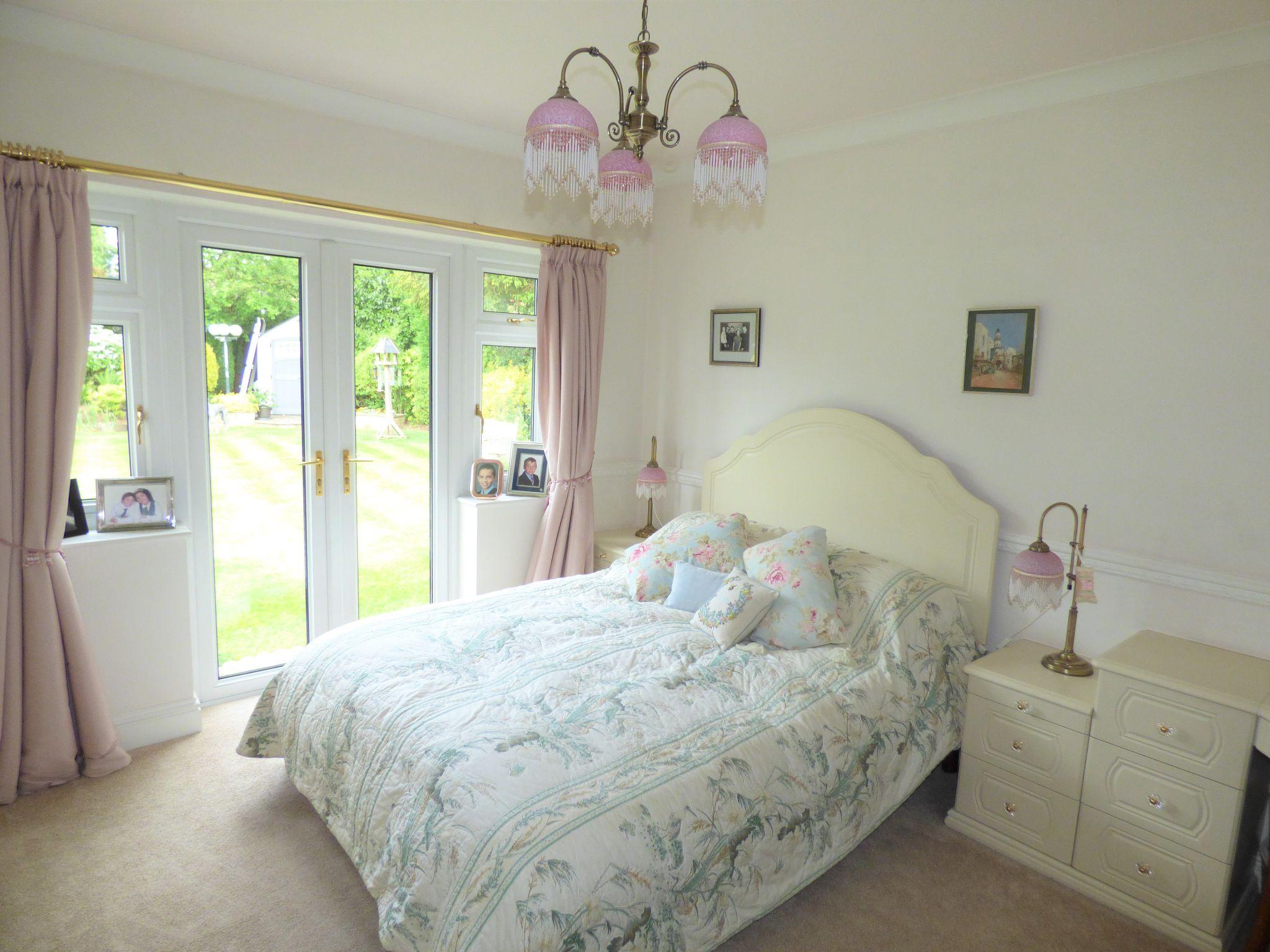 4 Bedroom Detached Bungalow For Sale - Photograph 23