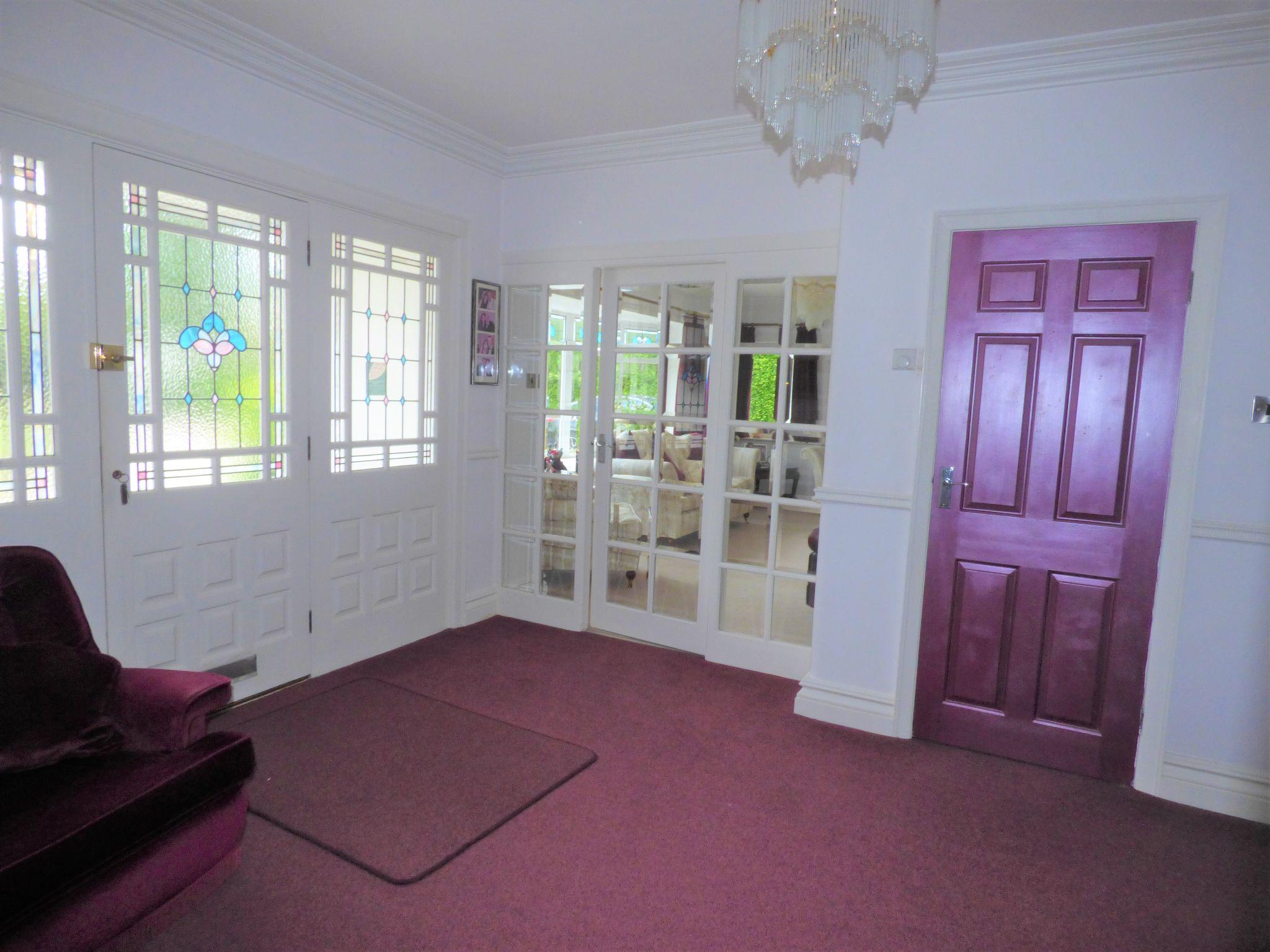 4 Bedroom Detached Bungalow For Sale - Photograph 11