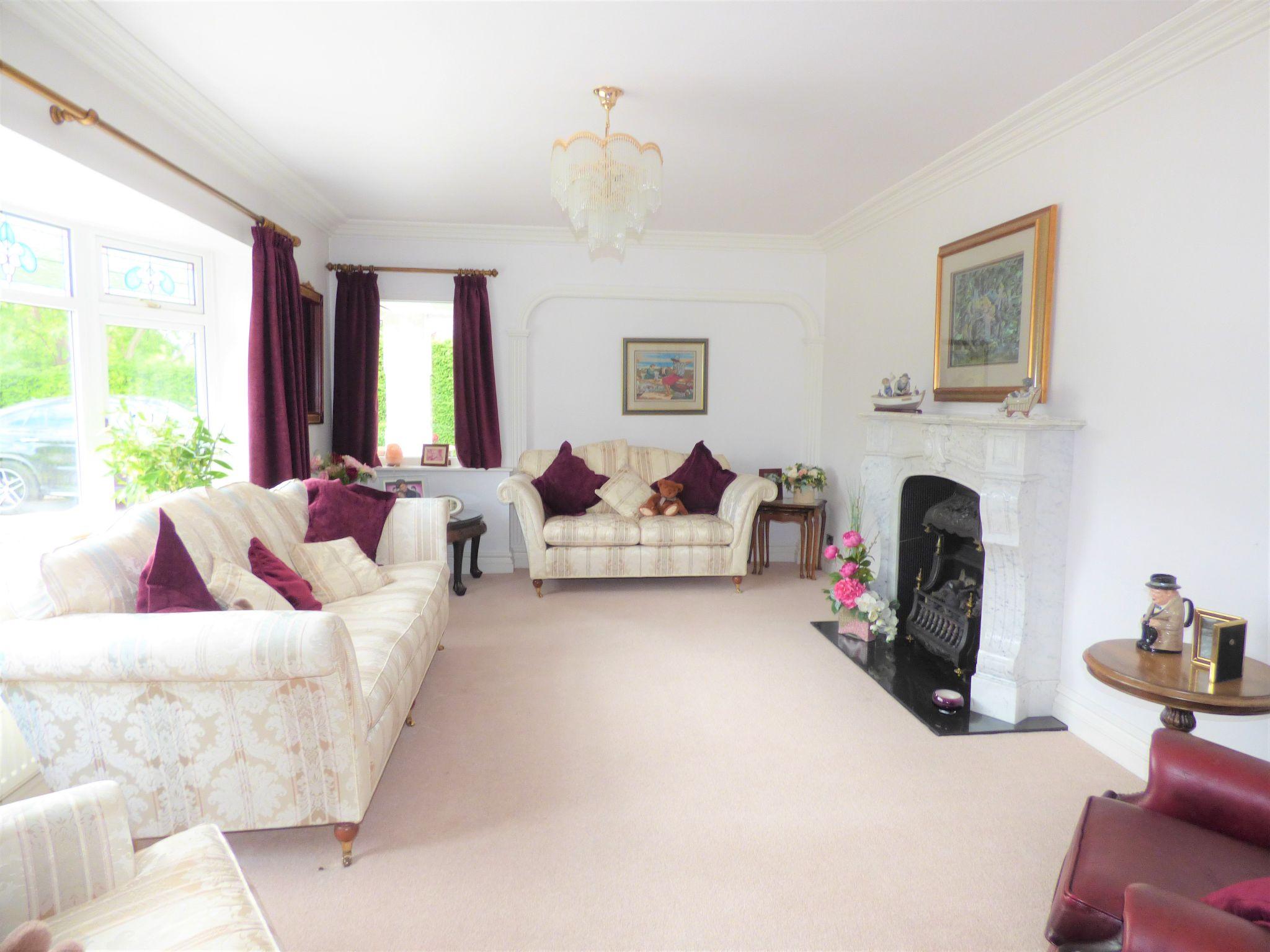 4 Bedroom Detached Bungalow For Sale - Photograph 12