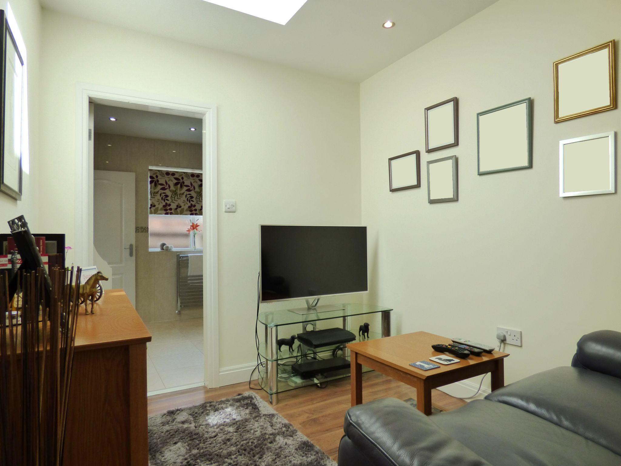 3 Bedroom Detached Bungalow For Sale - Photograph 20