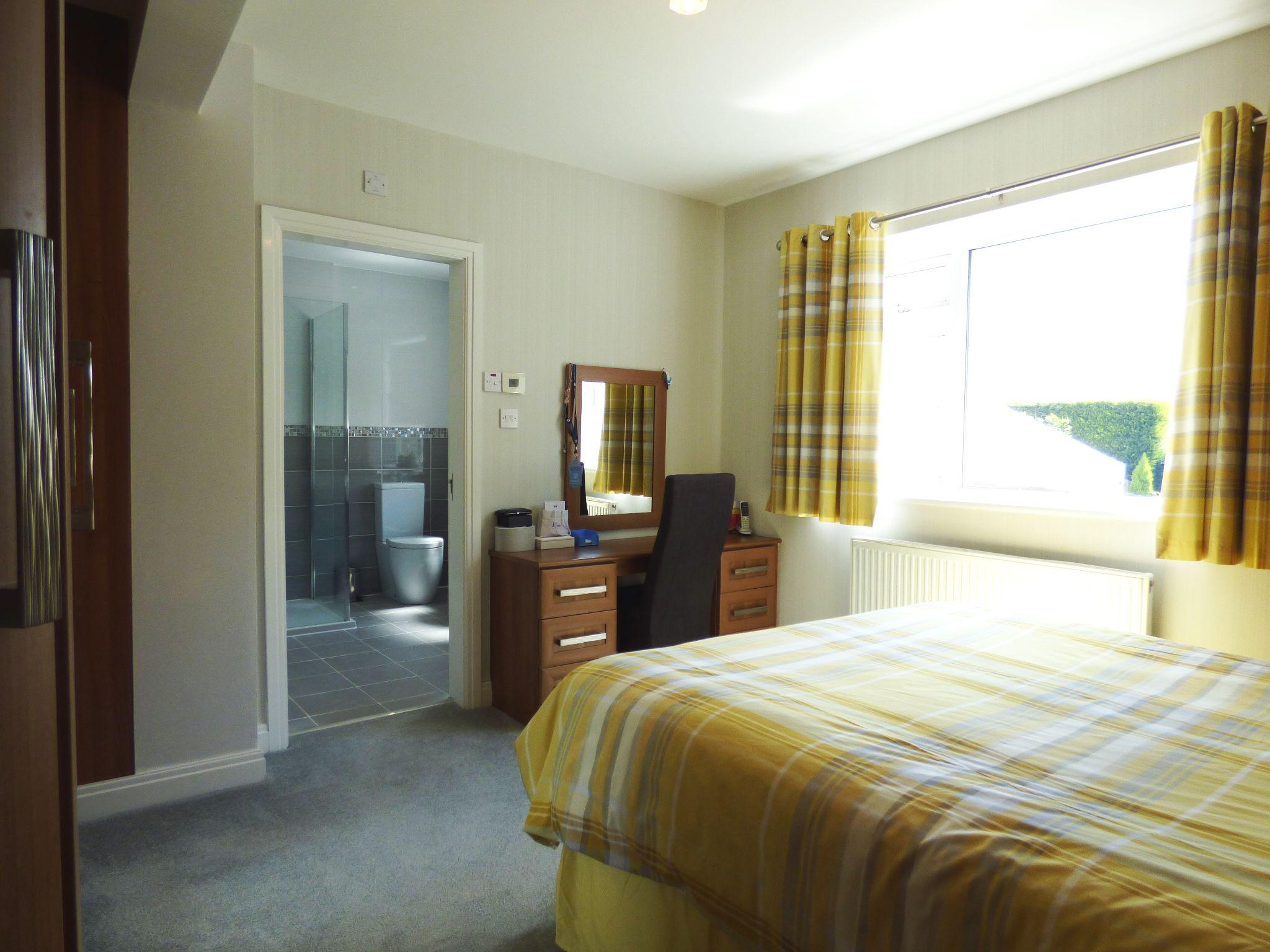 3 Bedroom Detached Bungalow For Sale - Photograph 15