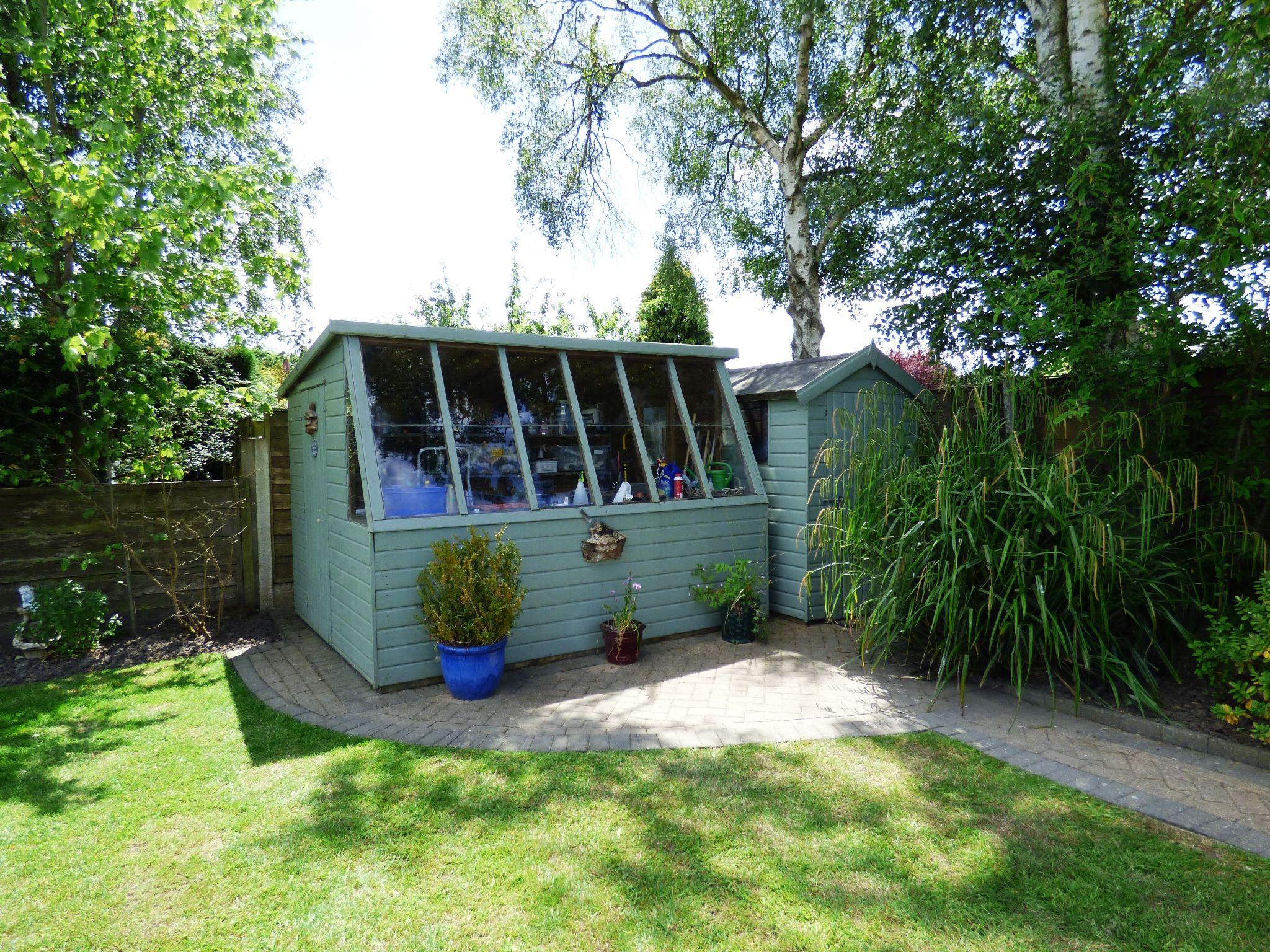 3 Bedroom Detached Bungalow For Sale - Photograph 26