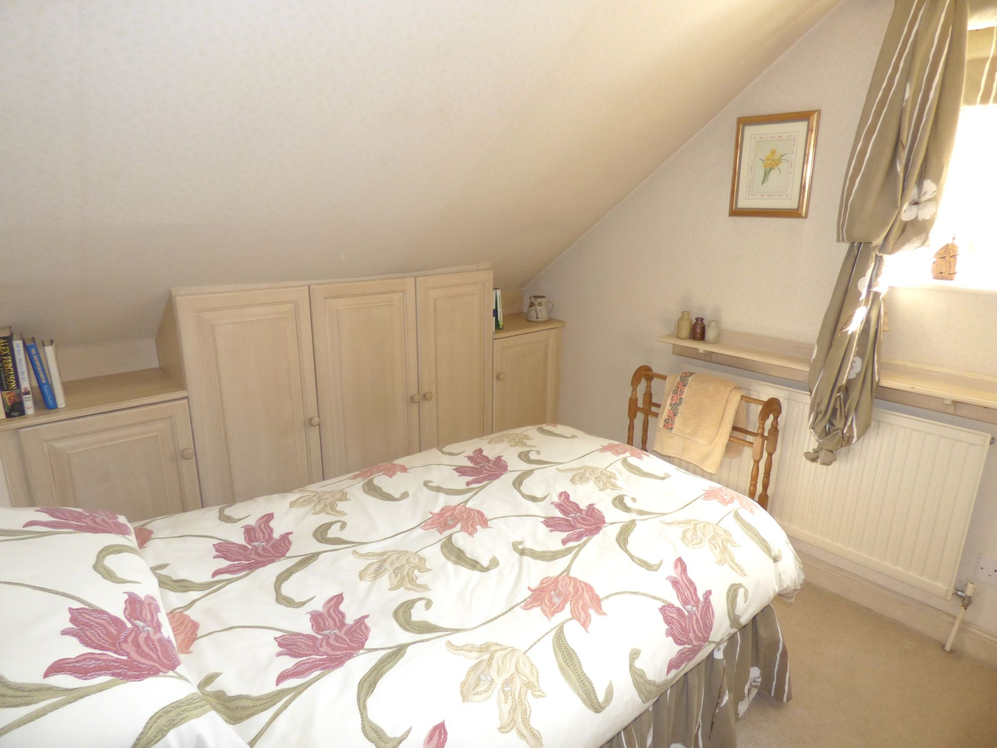 5 Bedroom Detached House For Sale - Bedroom Two