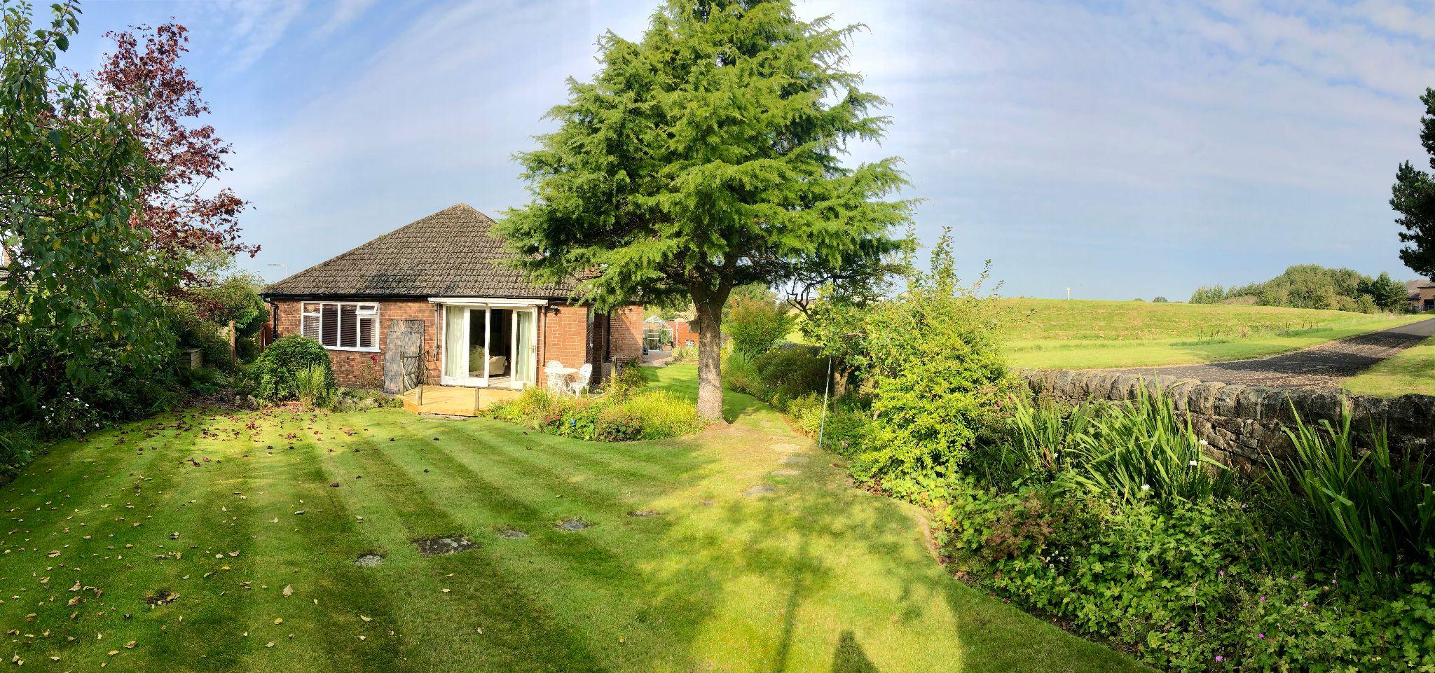 4 Bedroom Detached Bungalow For Sale - Photograph 2