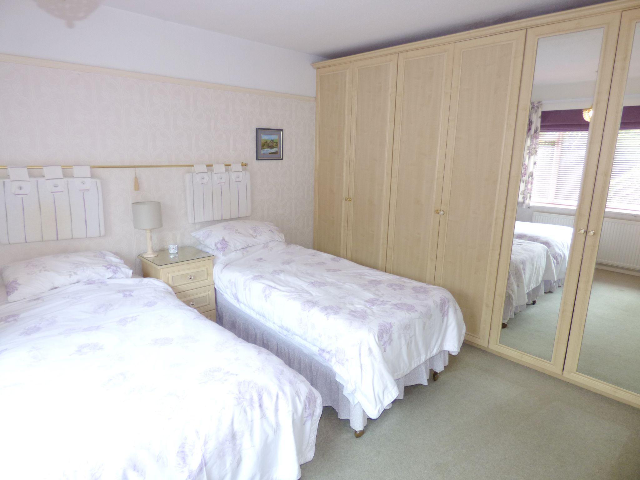 4 Bedroom Detached Bungalow For Sale - Photograph 14