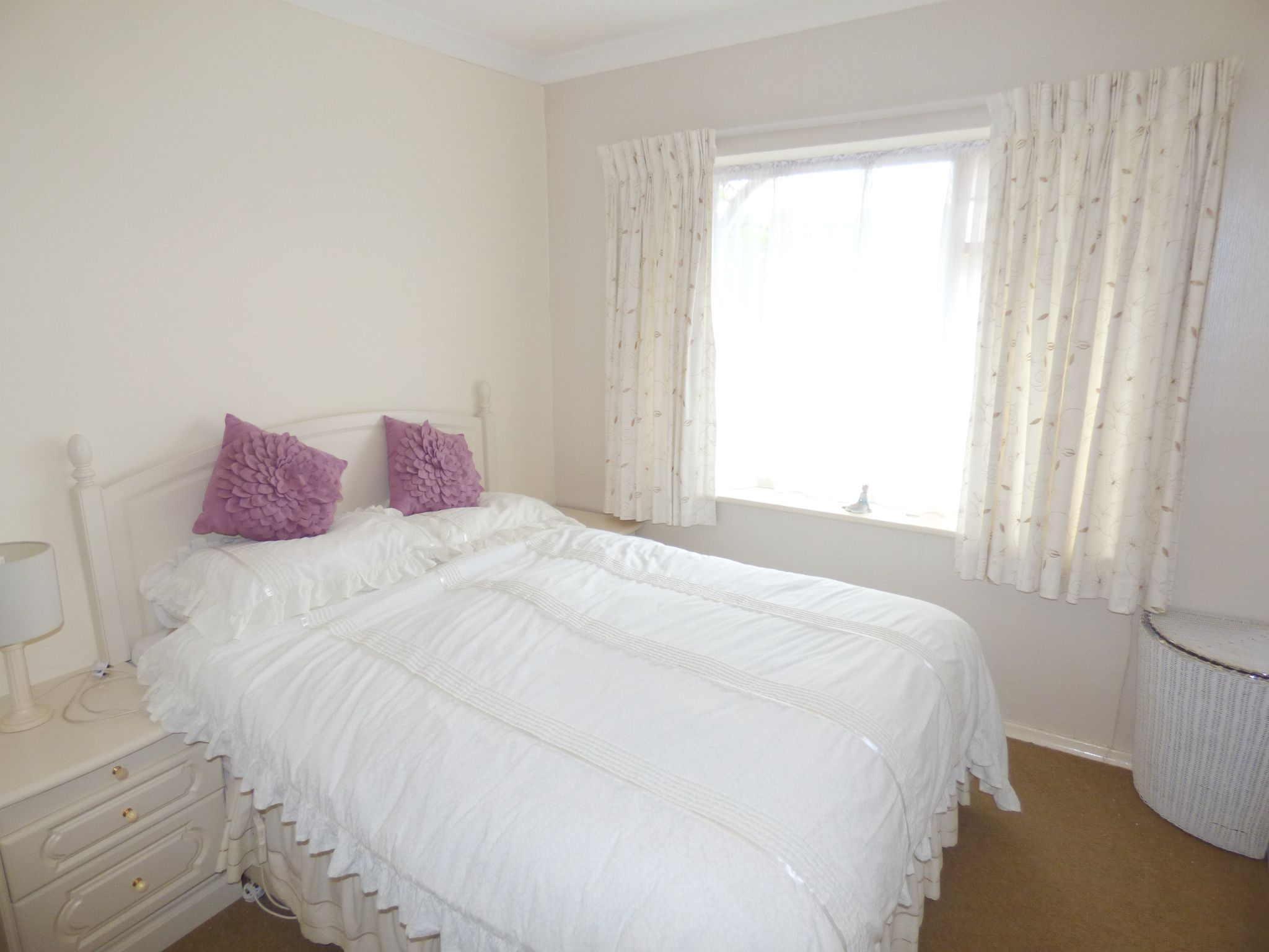4 Bedroom Detached Bungalow For Sale - Photograph 15
