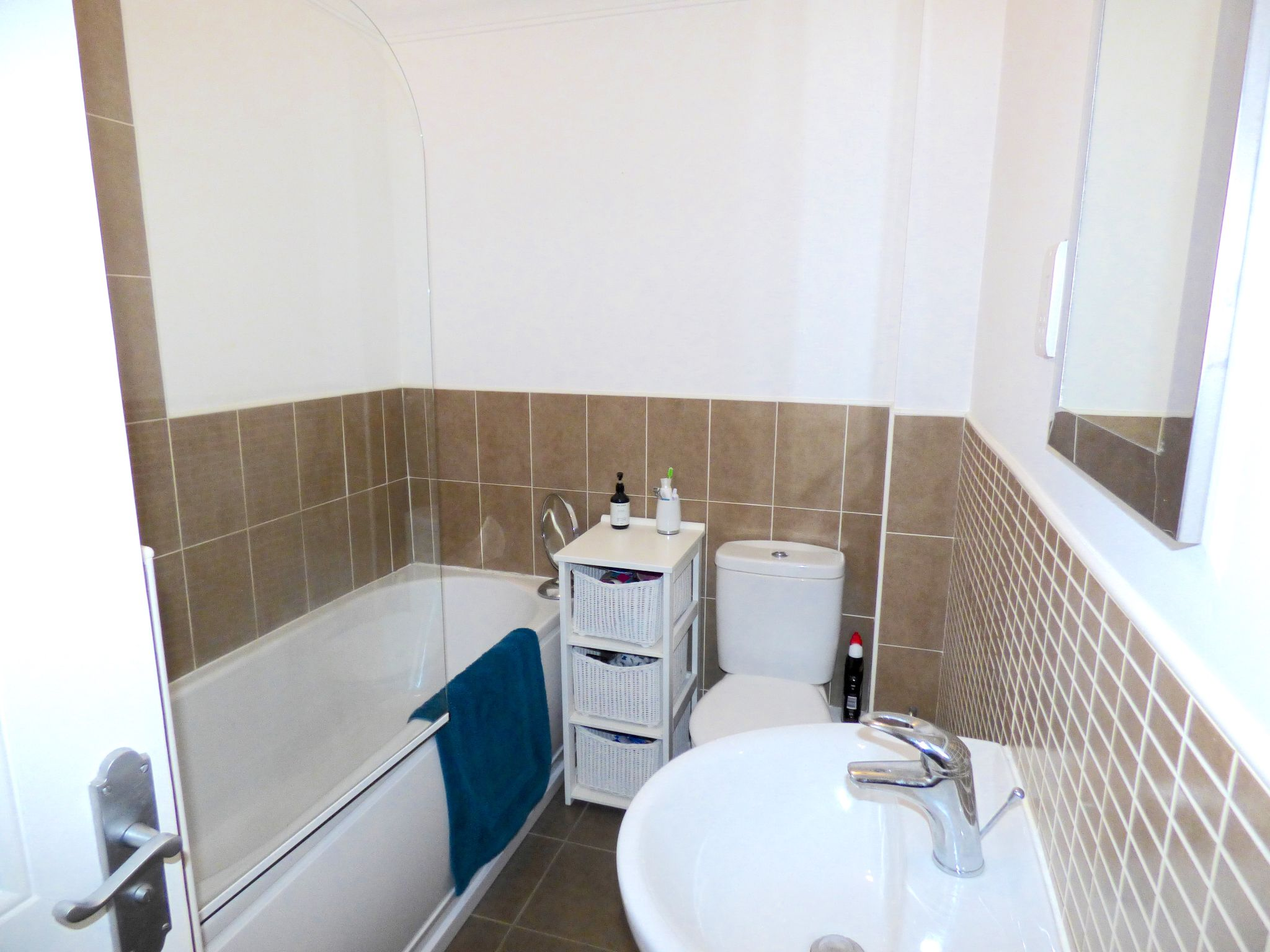 3 Bedroom Town House For Sale - Photograph 21