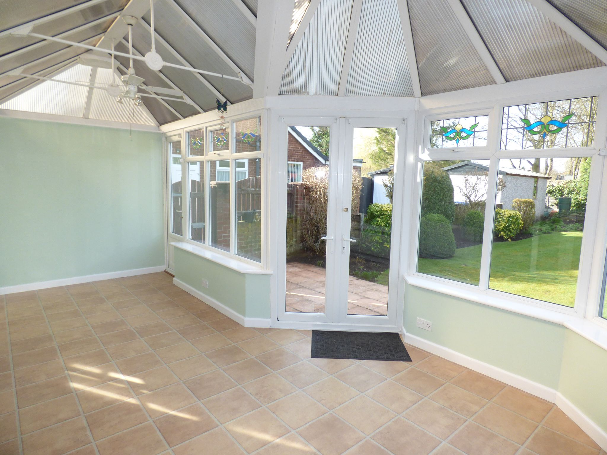 3 Bedroom Semi-detached Bungalow For Sale - Photograph 16