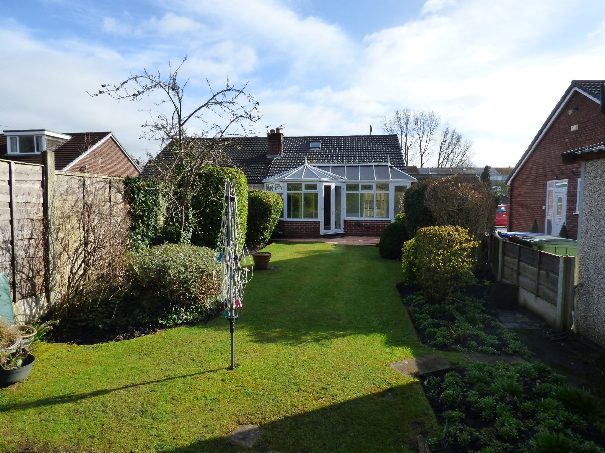 3 Bedroom Semi-detached Bungalow For Sale - Photograph 14