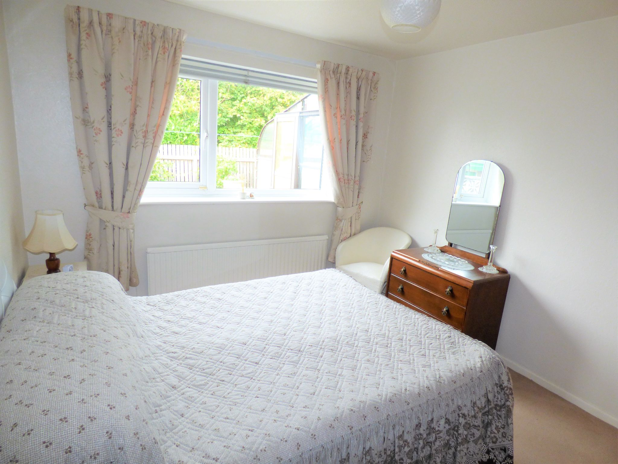 2 Bedroom Detached Bungalow For Sale - Photograph 9