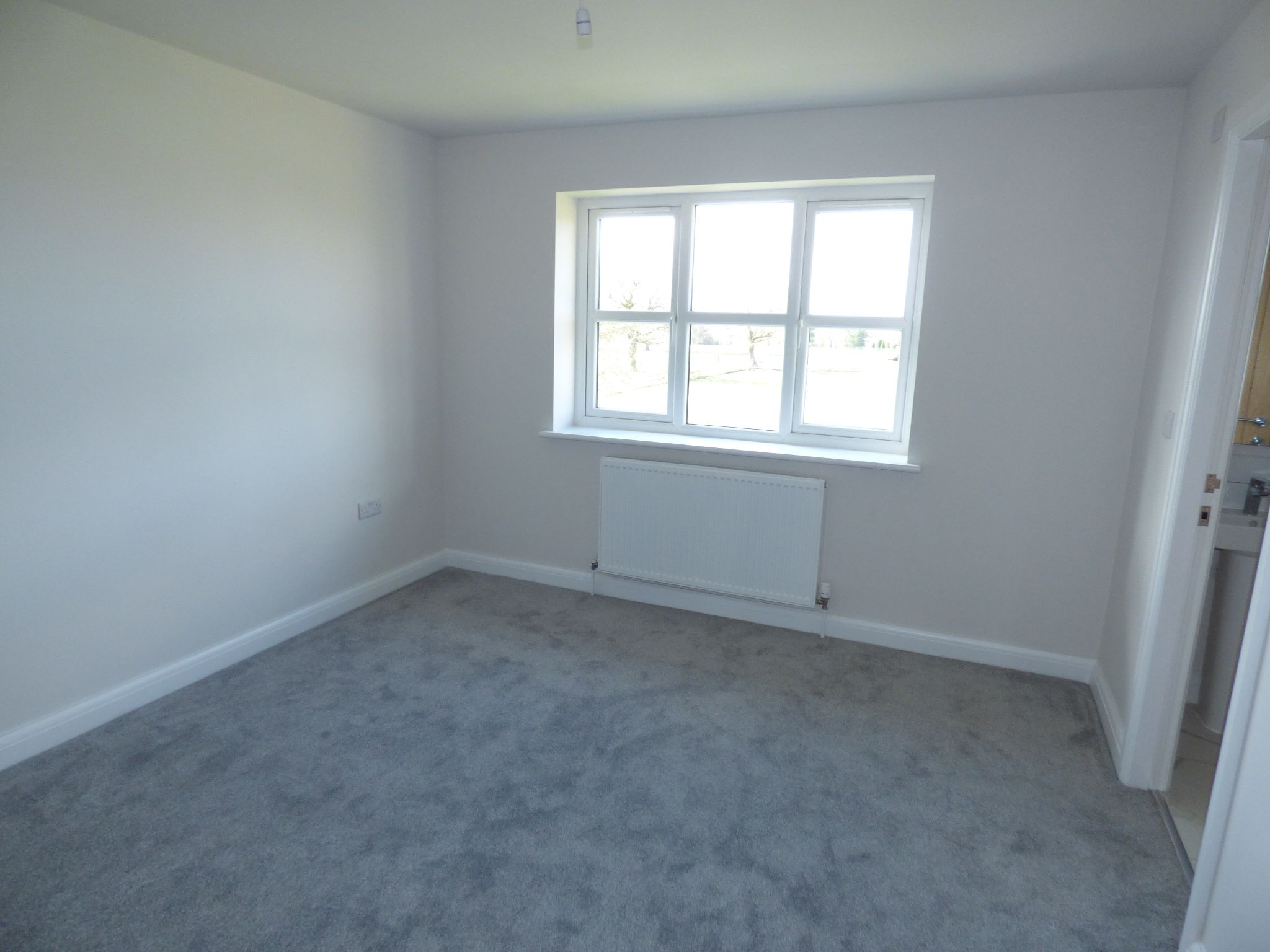4 Bedroom Mews House For Sale - Photograph 9