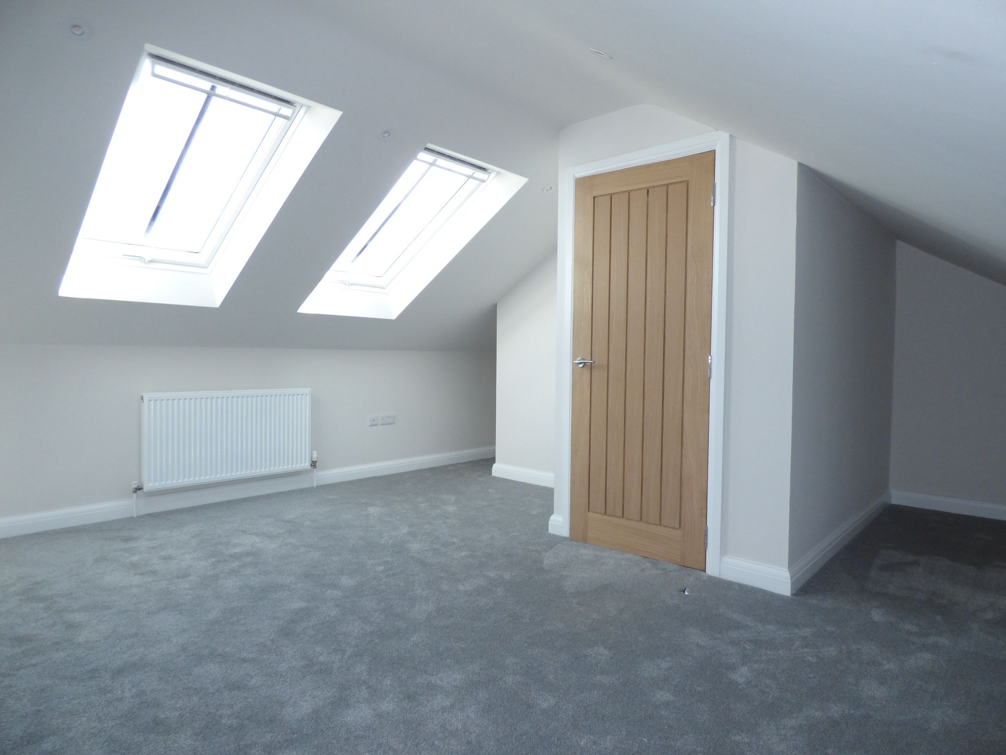 4 Bedroom Mews House For Sale - Photograph 14