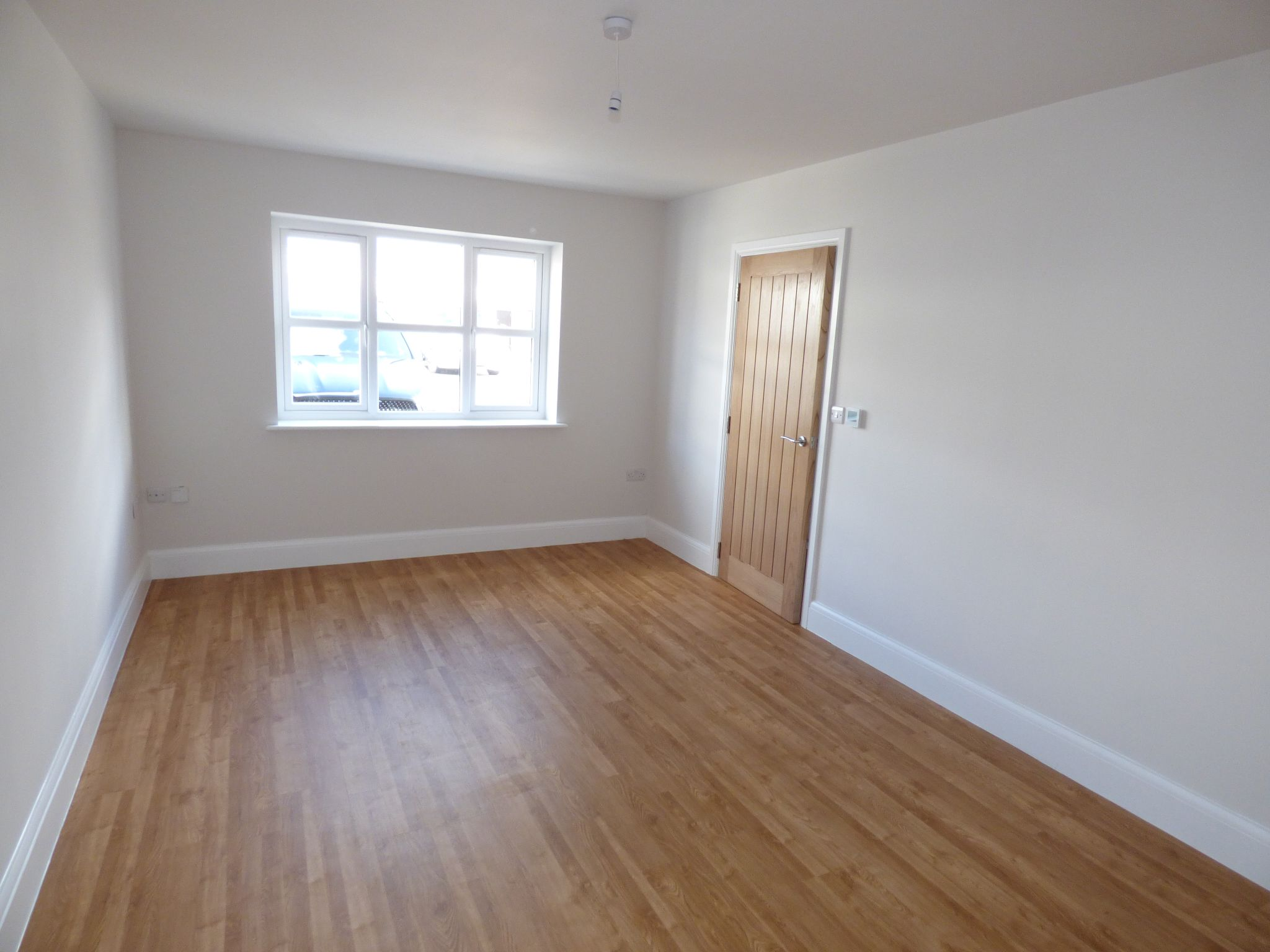 4 Bedroom Mews House For Sale - Photograph 7
