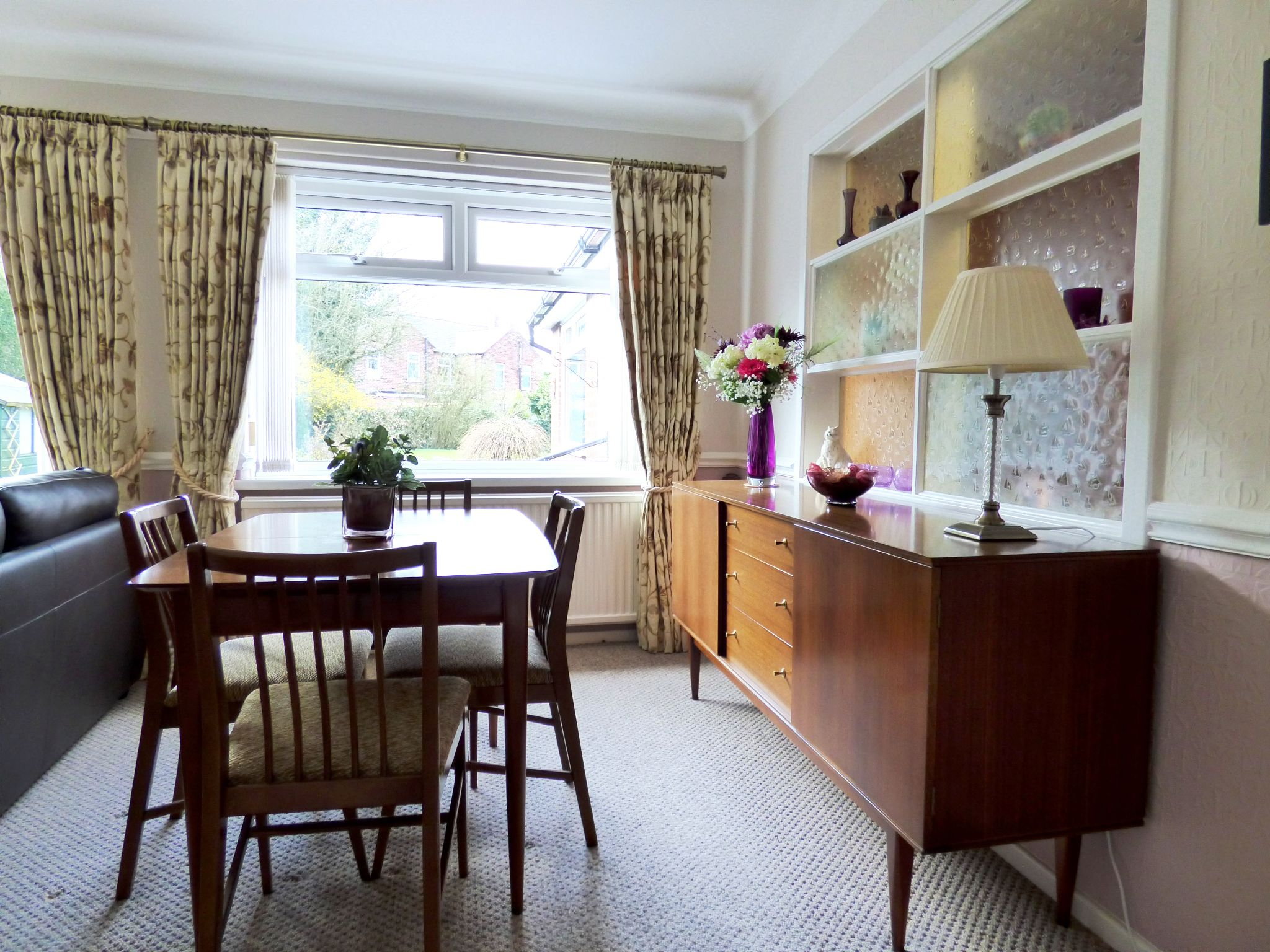 4 Bedroom Detached Bungalow For Sale - Dining Area