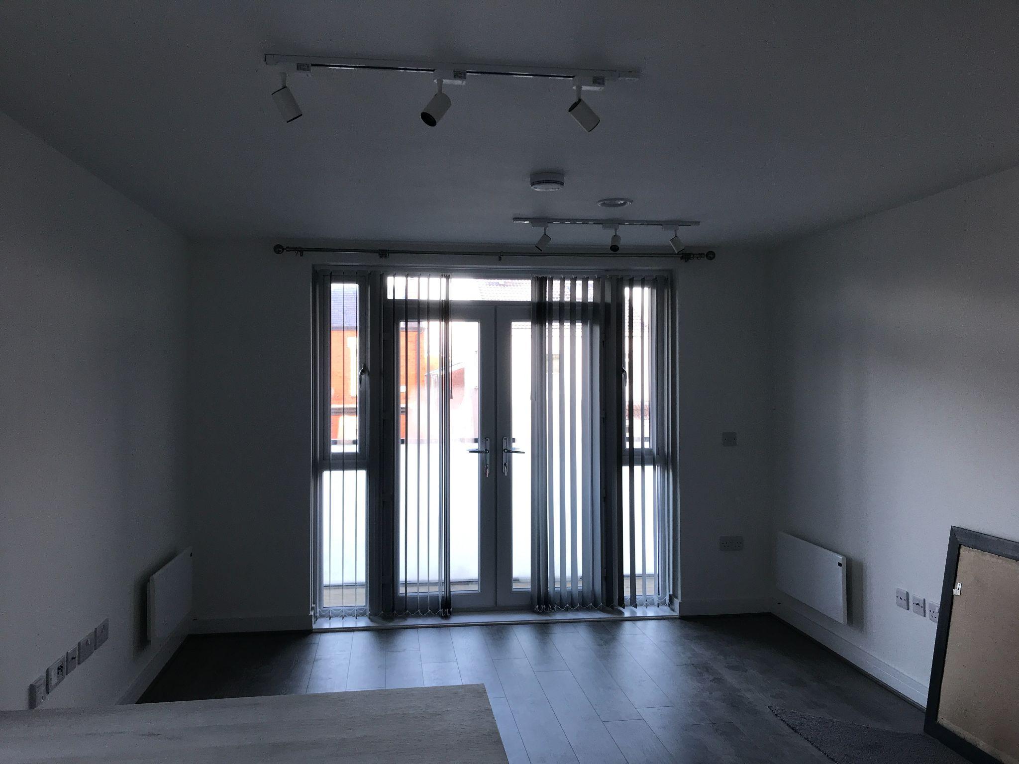 1 Bedroom Apartment Flat/apartment - Photograph 3