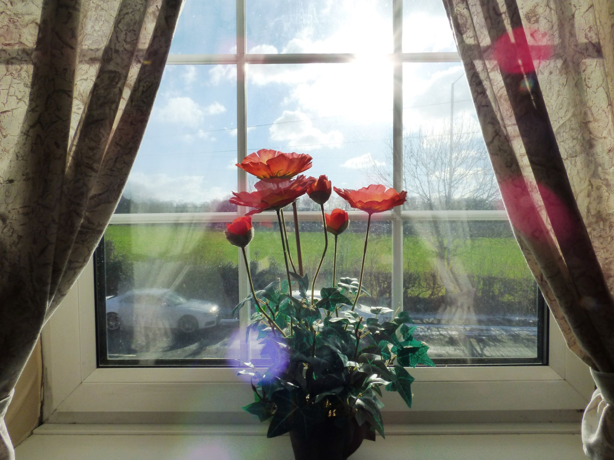 2 Bedroom Mid Terraced House For Sale - Front Window