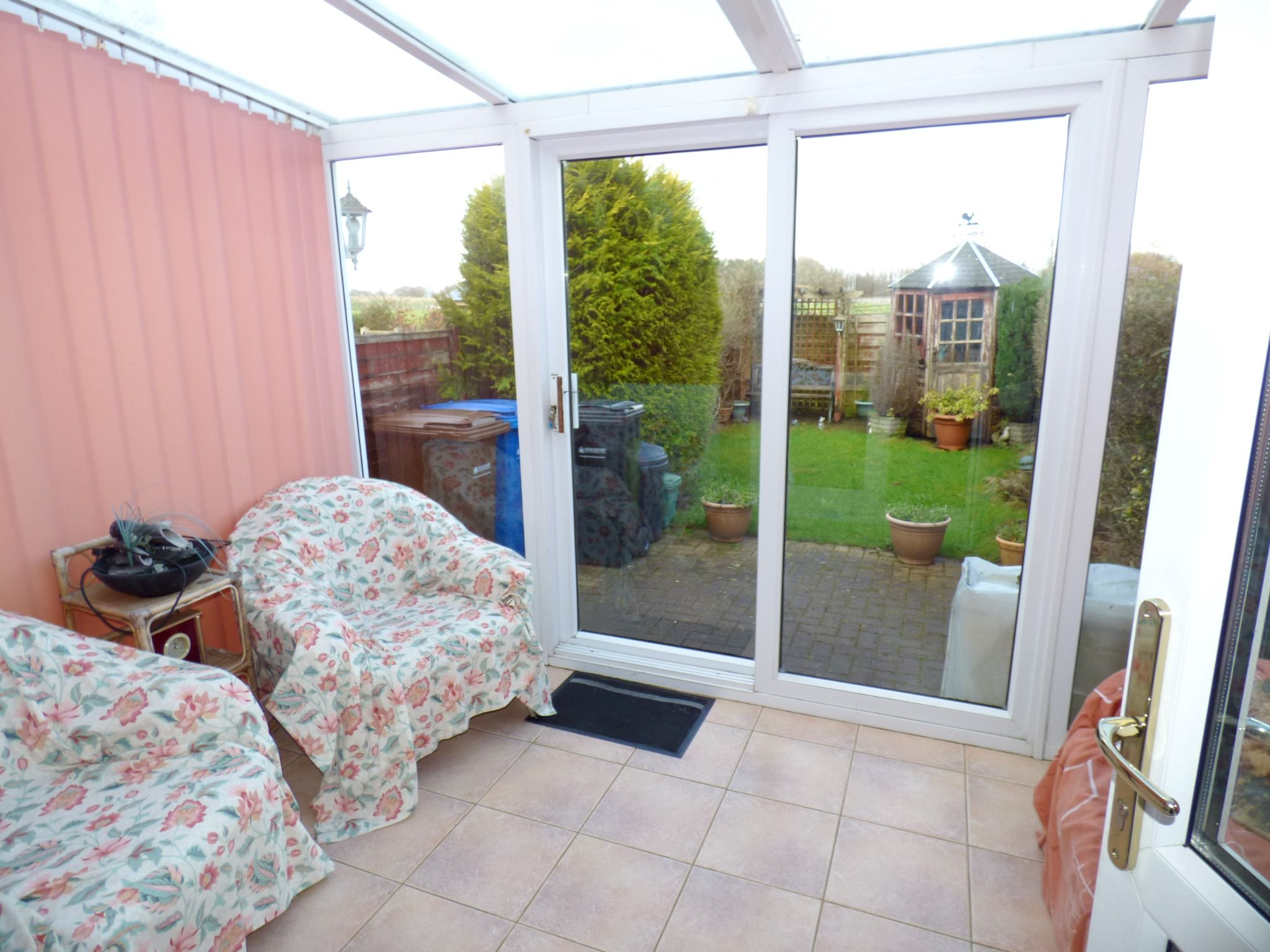 2 Bedroom Mid Terraced House For Sale - Conservatory