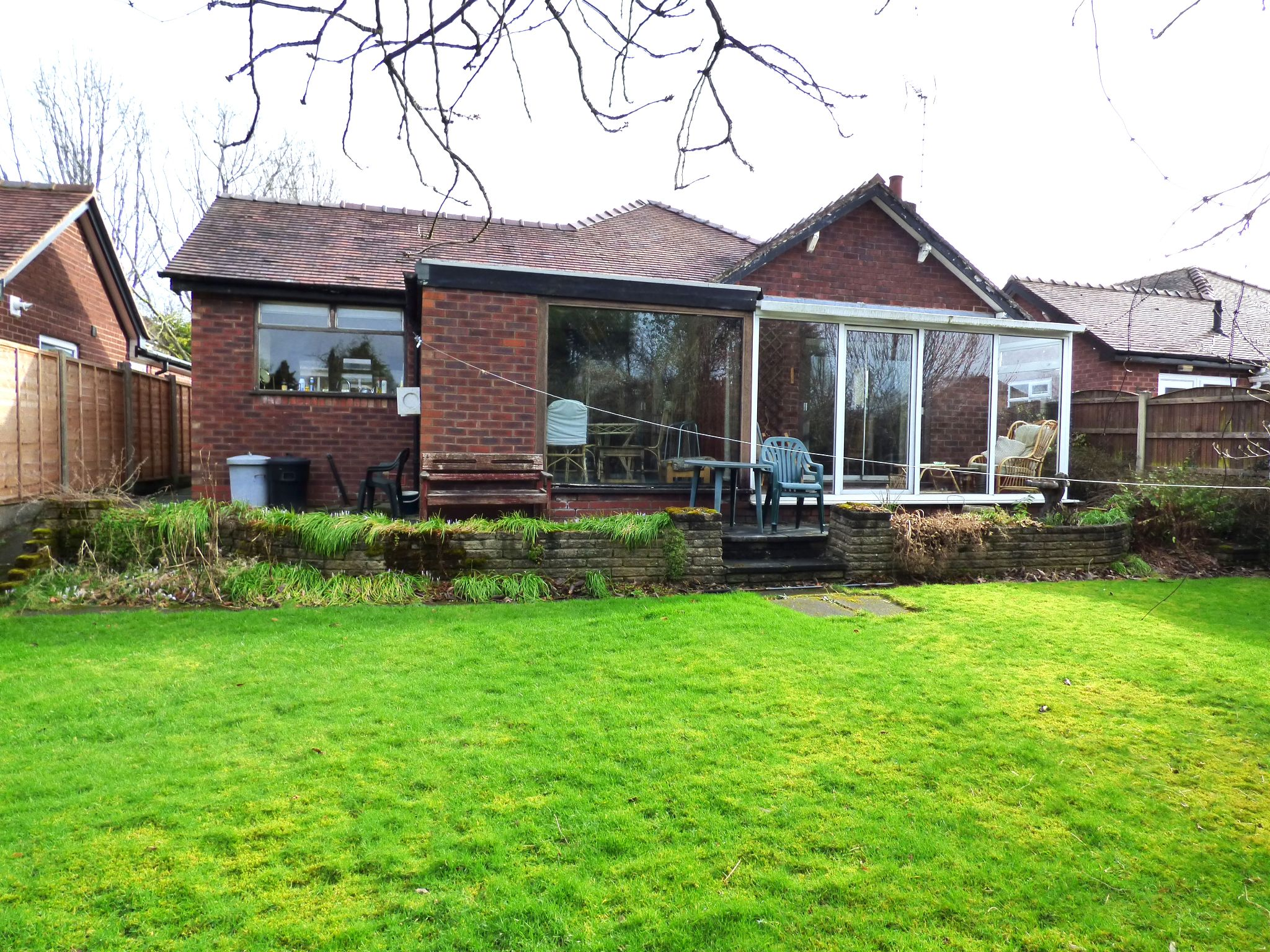 2 Bedroom Detached Bungalow For Sale - Photograph 15